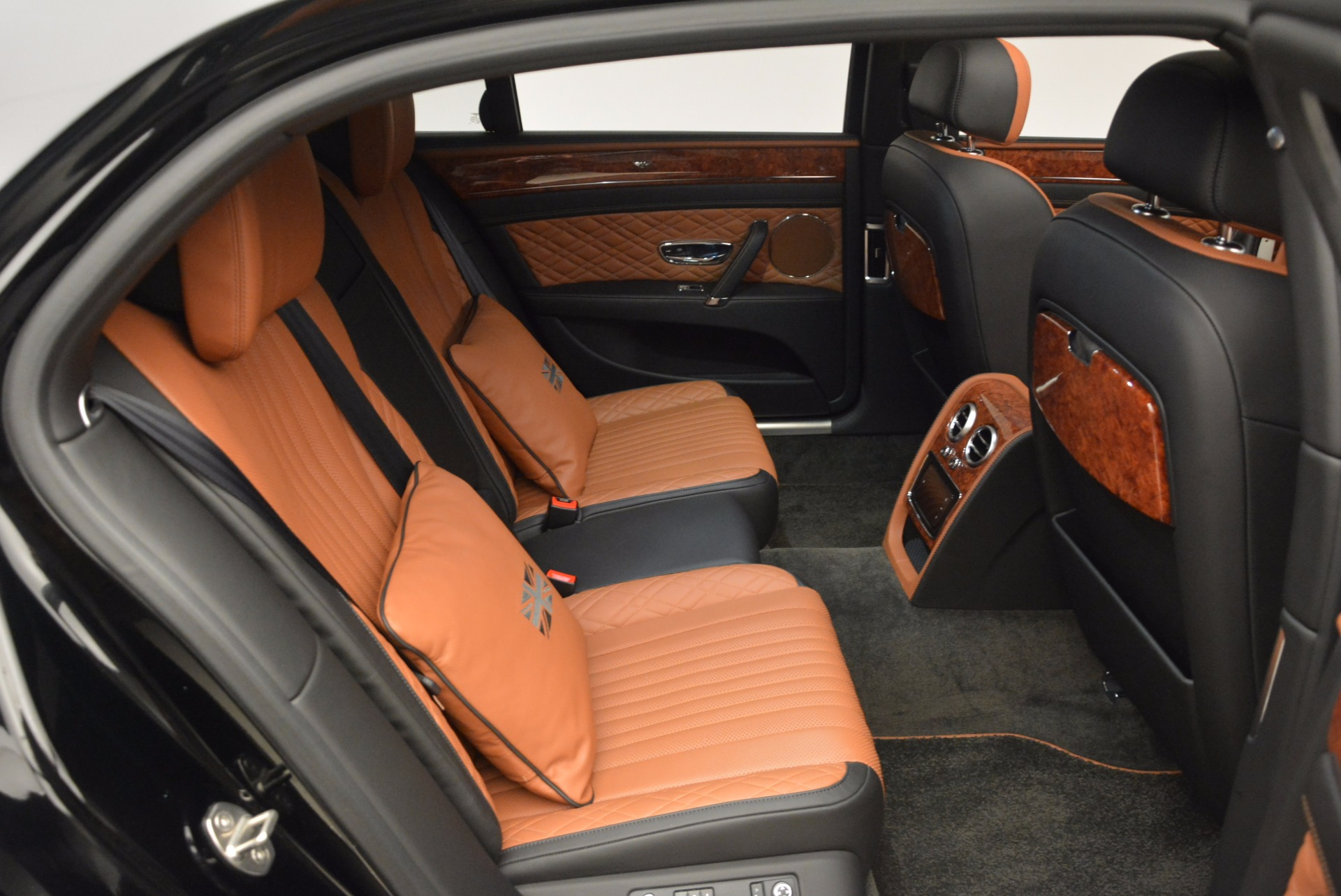New 2017 Bentley Flying Spur W12 For Sale In Greenwich, CT 1616_p41