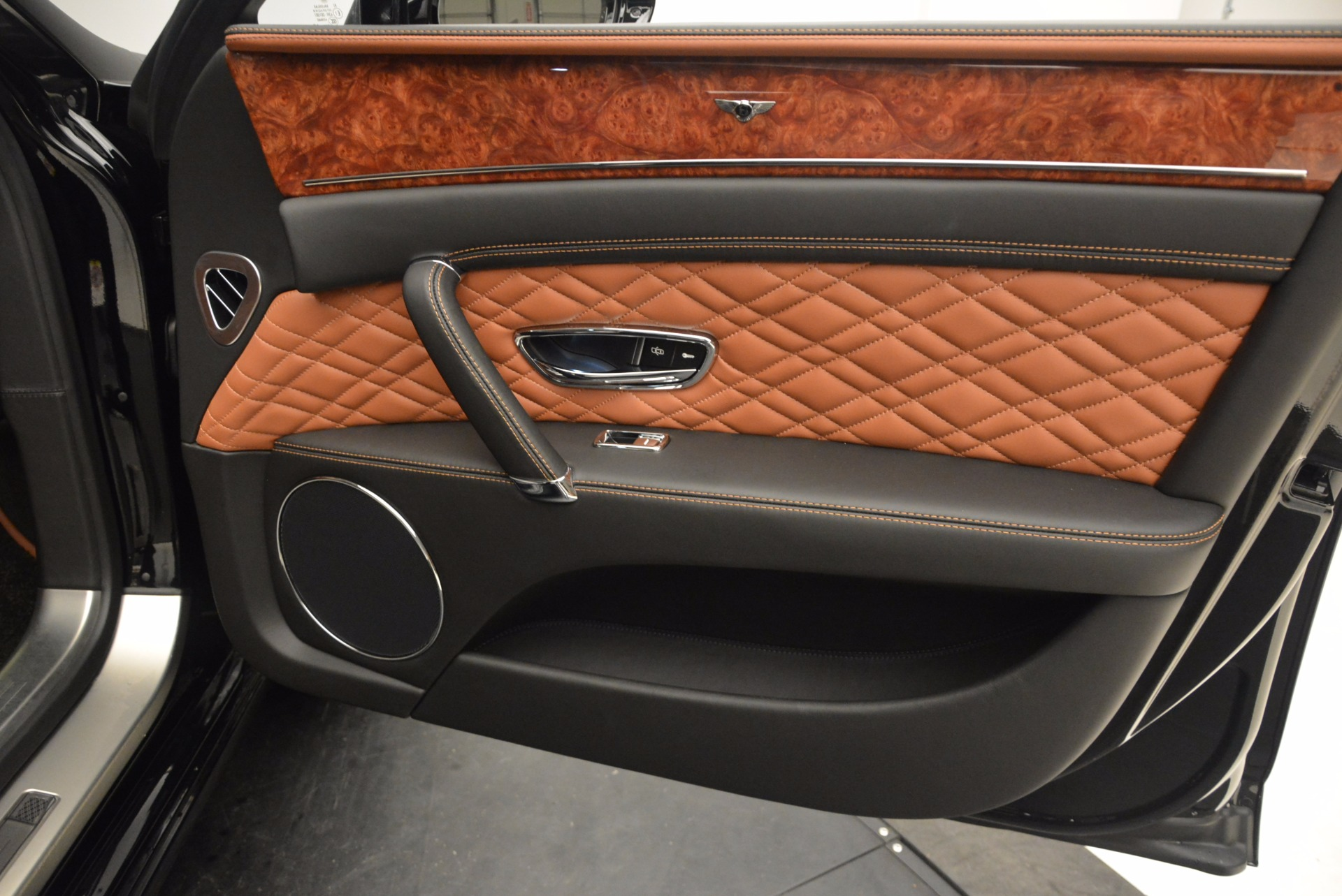 New 2017 Bentley Flying Spur W12 For Sale In Greenwich, CT 1616_p43