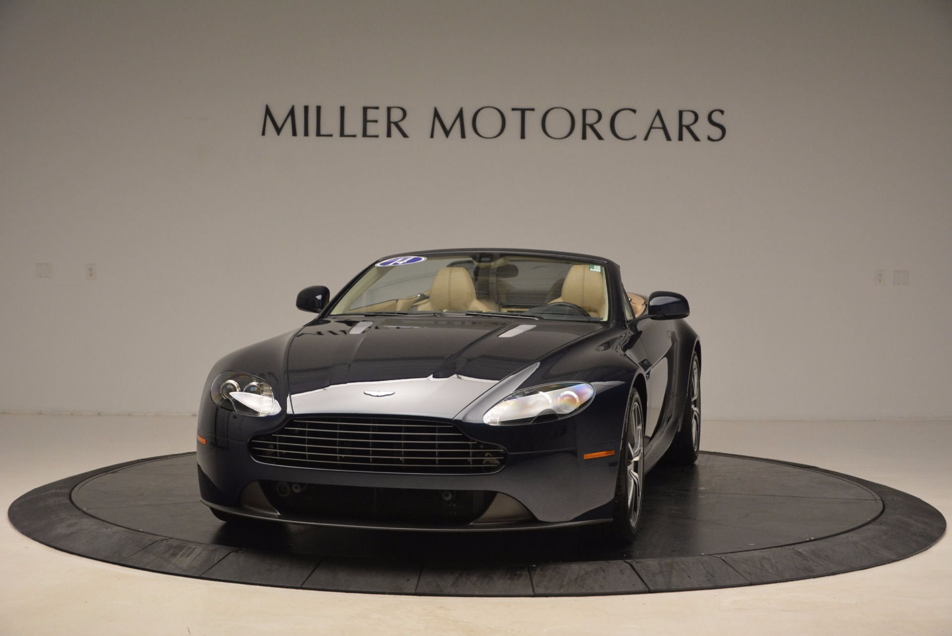 Used 2014 Aston Martin V8 Vantage Roadster For Sale In Greenwich, CT 1623_main