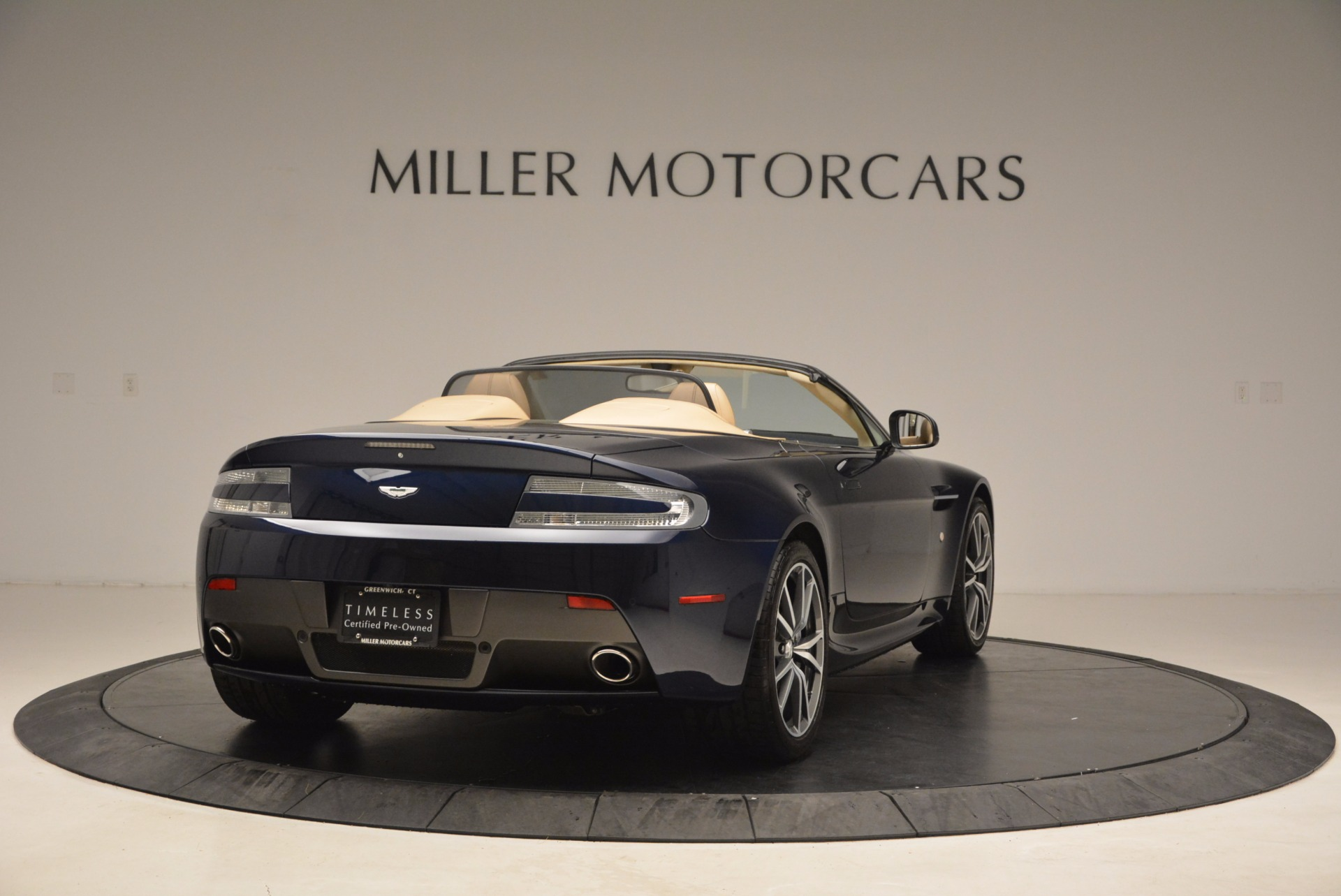Used 2014 Aston Martin V8 Vantage Roadster For Sale In Greenwich, CT 1623_p7