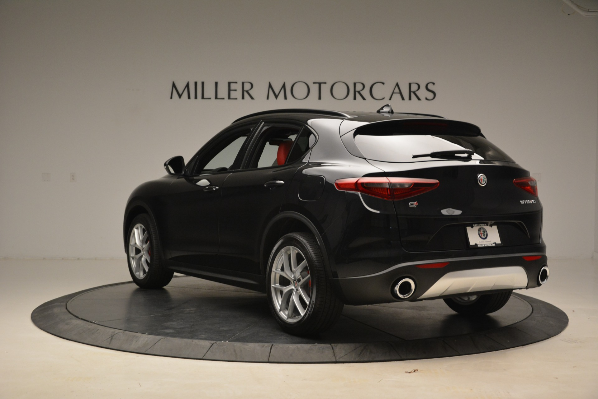 New 2018 Alfa Romeo Stelvio Sport Q4 For Sale In Greenwich, CT 1635_p5