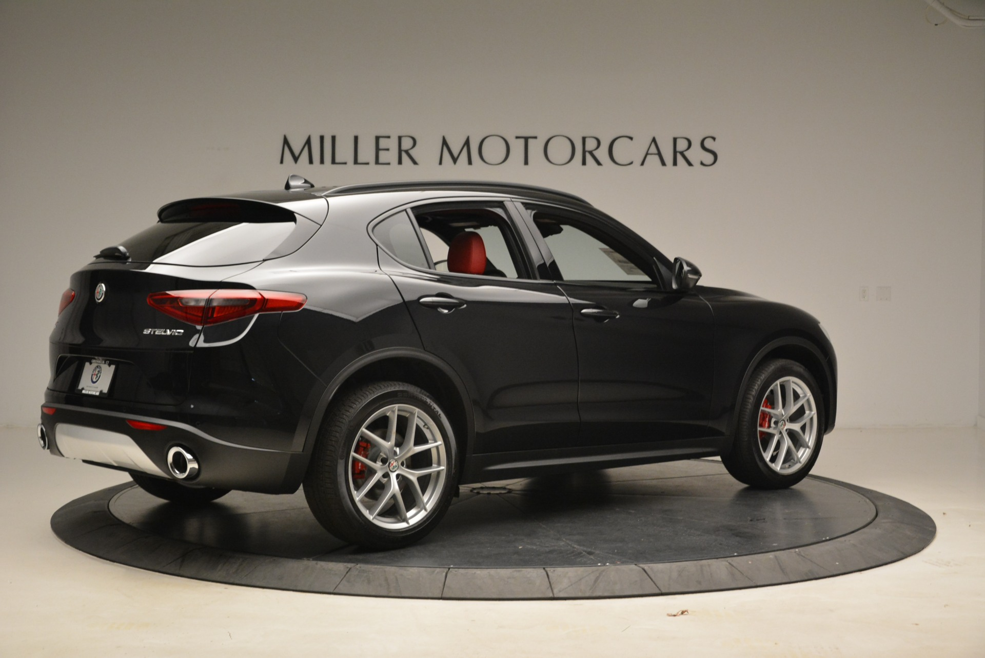 New 2018 Alfa Romeo Stelvio Sport Q4 For Sale In Greenwich, CT 1635_p8