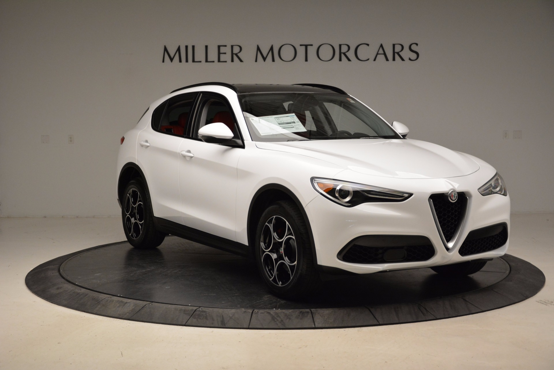 New 2018 Alfa Romeo Stelvio Sport Q4 For Sale In Greenwich, CT 1642_p11