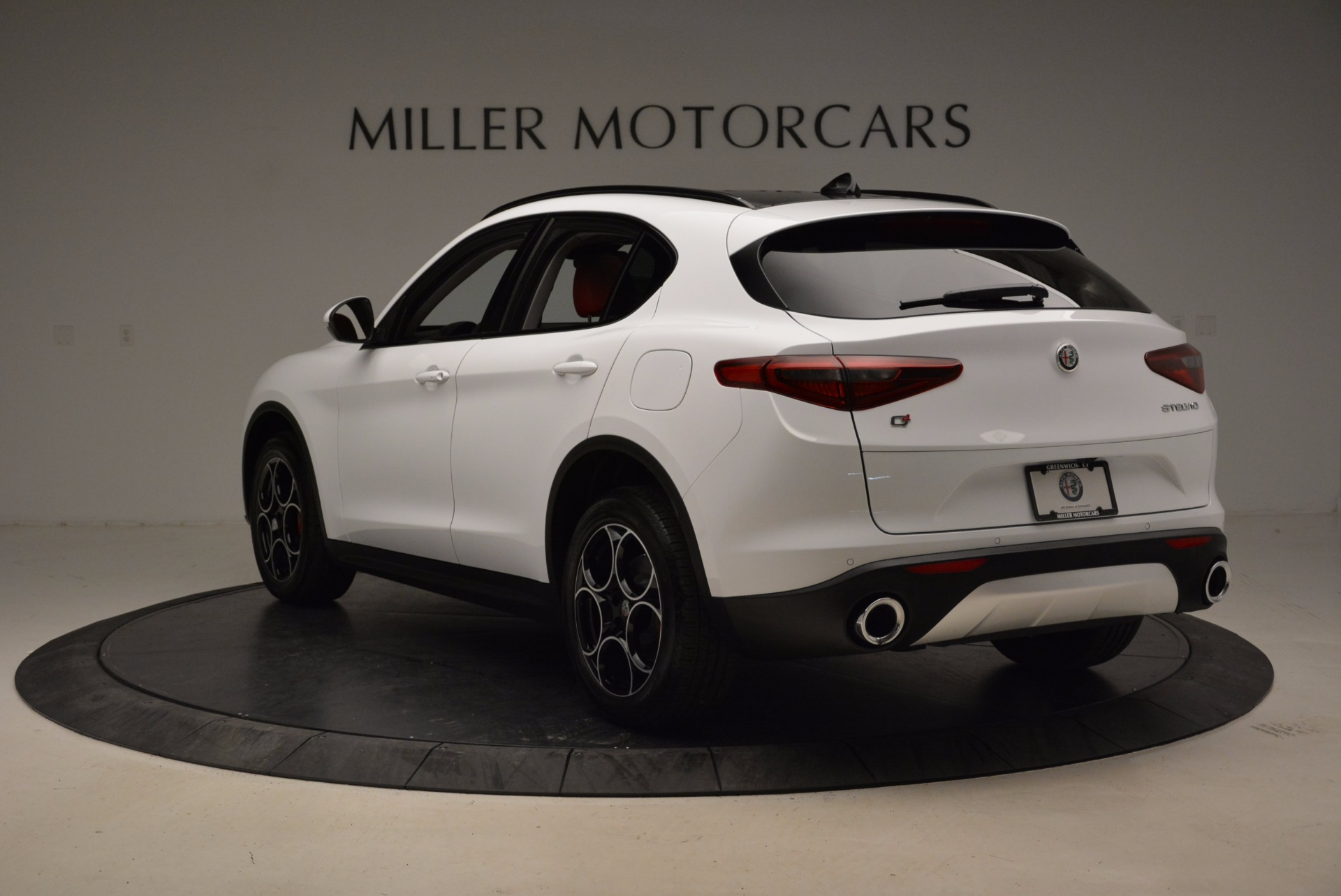 New 2018 Alfa Romeo Stelvio Sport Q4 For Sale In Greenwich, CT 1642_p5