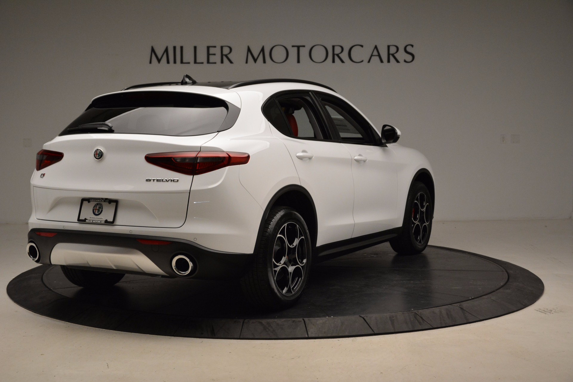 New 2018 Alfa Romeo Stelvio Sport Q4 For Sale In Greenwich, CT 1642_p7