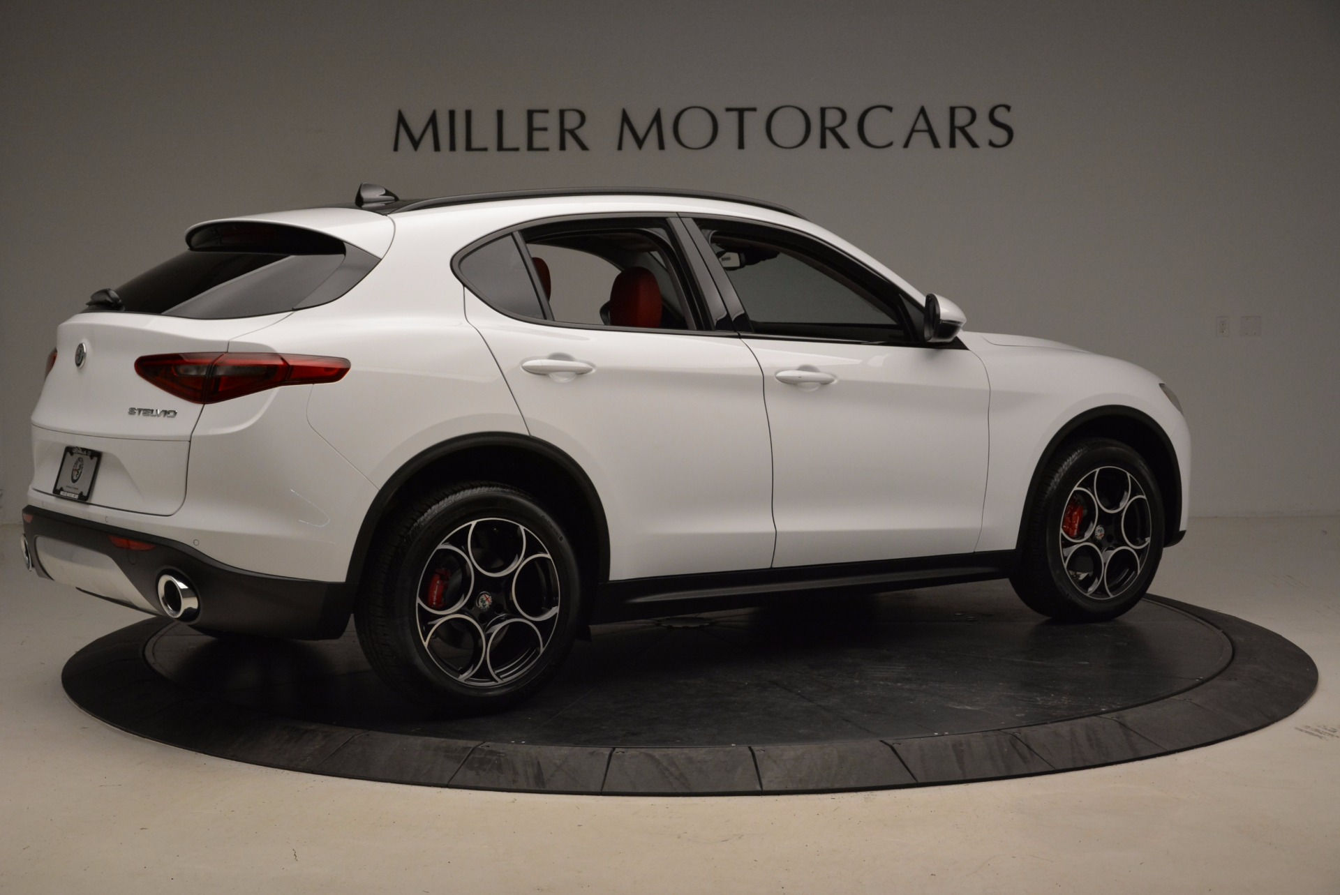 New 2018 Alfa Romeo Stelvio Sport Q4 For Sale In Greenwich, CT 1642_p8