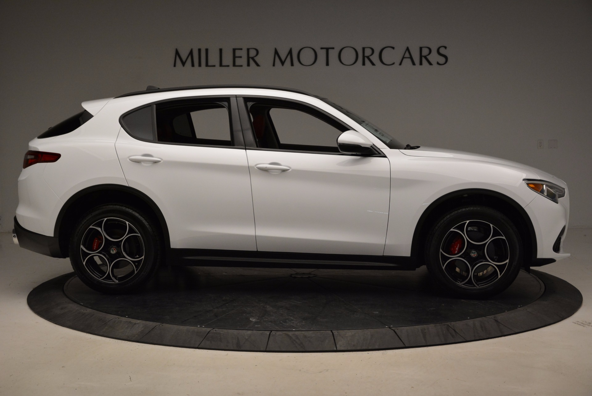 New 2018 Alfa Romeo Stelvio Sport Q4 For Sale In Greenwich, CT 1642_p9