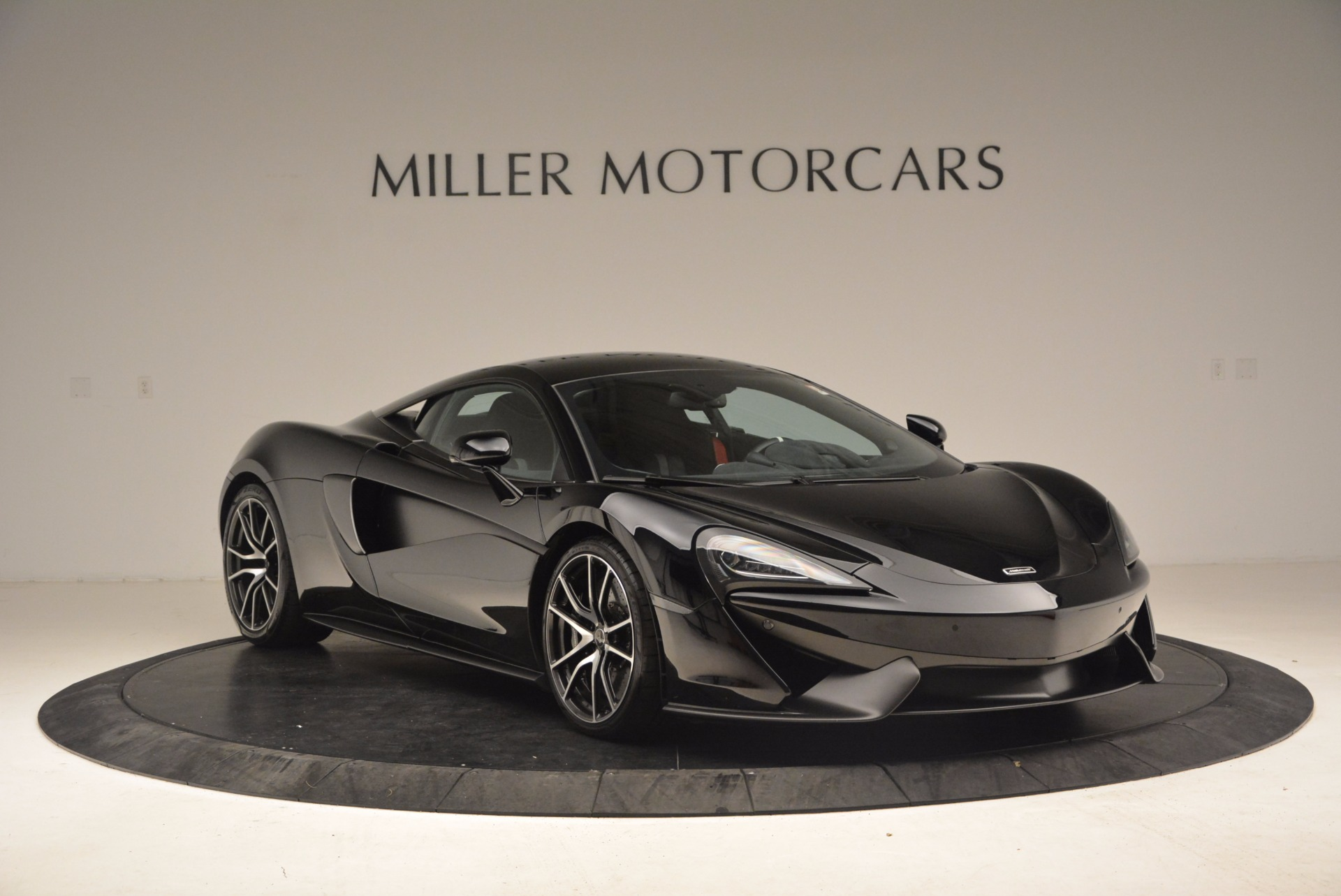 Used 2016 McLaren 570S  For Sale In Greenwich, CT 1645_p11