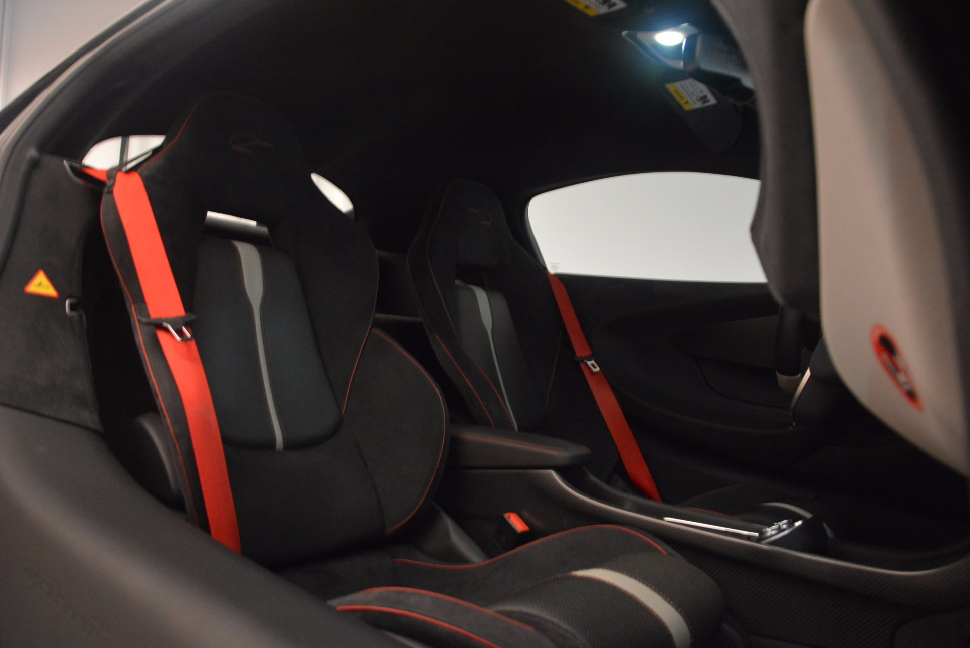 Used 2016 McLaren 570S  For Sale In Greenwich, CT 1645_p21
