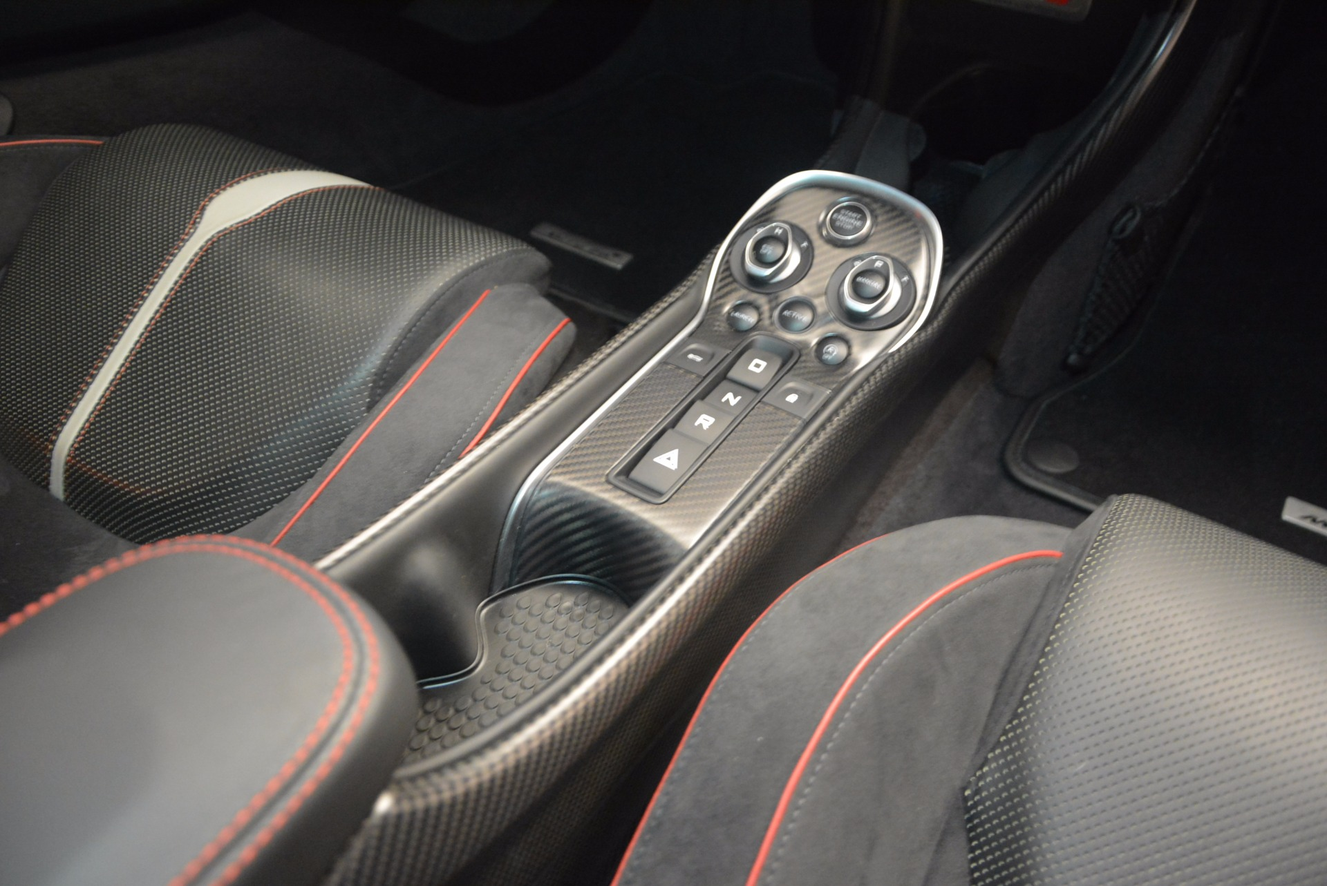 Used 2016 McLaren 570S  For Sale In Greenwich, CT 1645_p23
