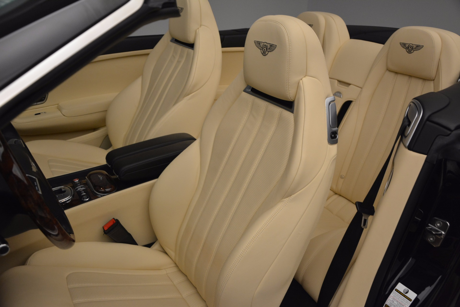 Used 2012 Bentley Continental GT W12 For Sale In Greenwich, CT 1656_p32