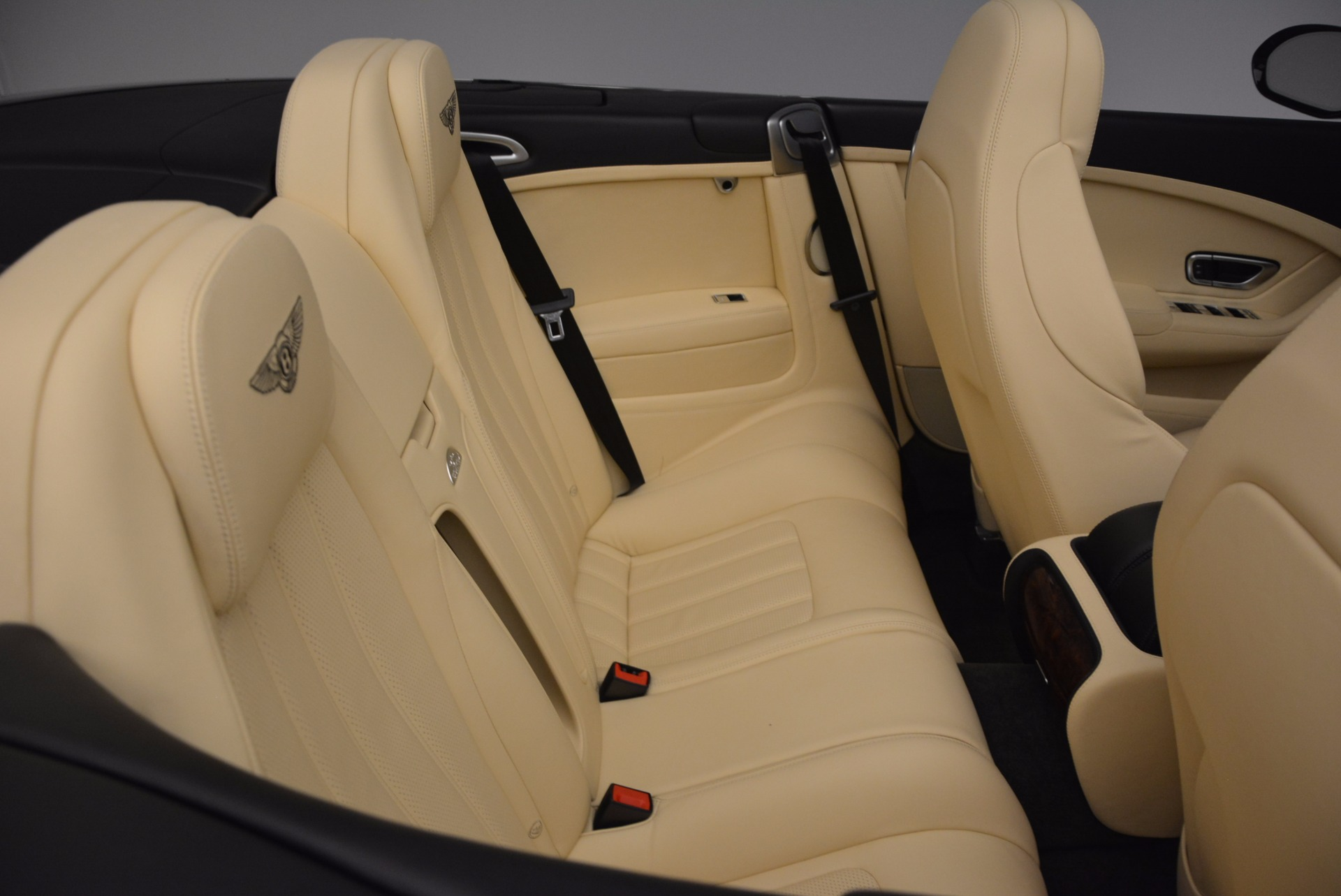 Used 2012 Bentley Continental GT W12 For Sale In Greenwich, CT 1656_p40