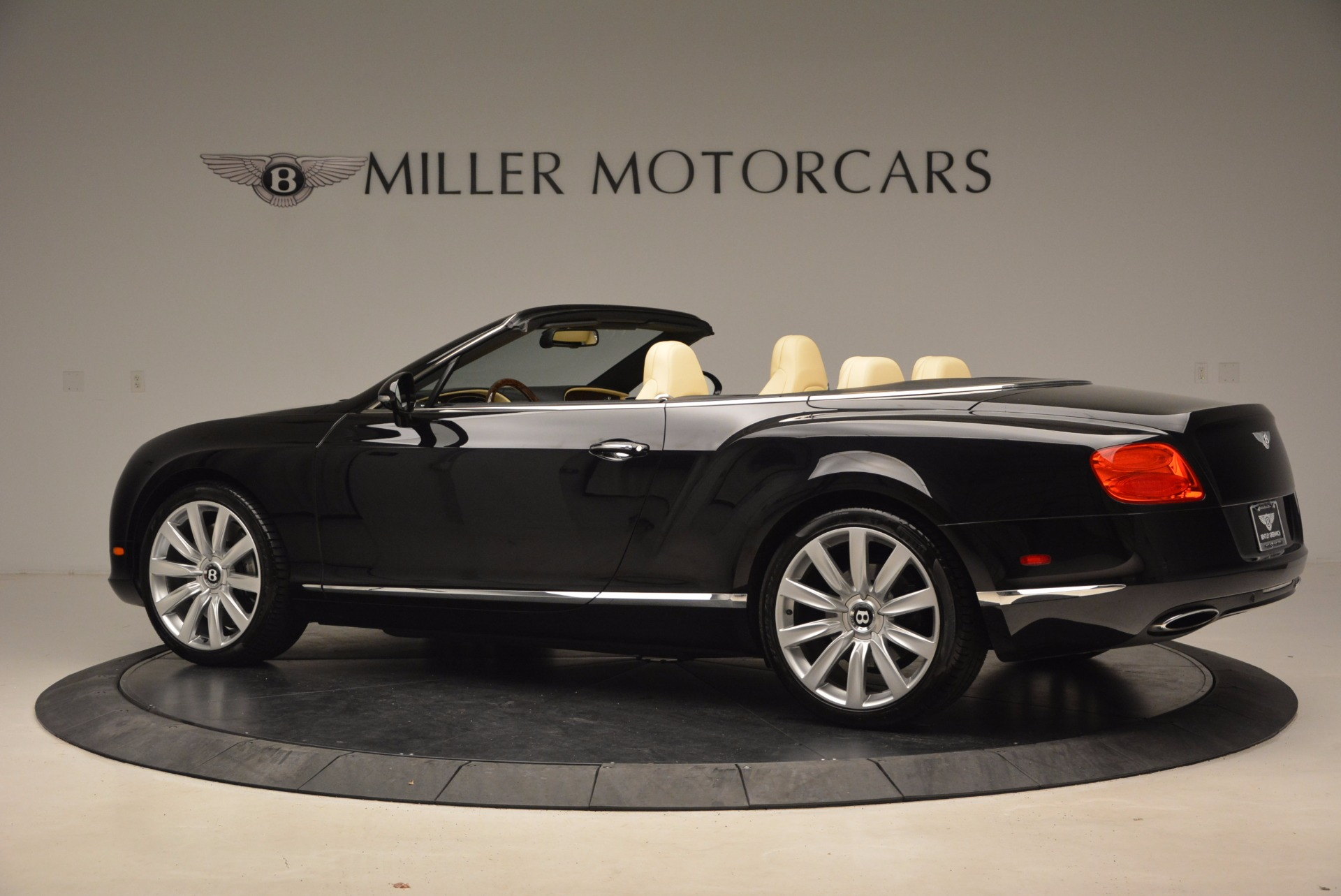 Used 2012 Bentley Continental GT W12 For Sale In Greenwich, CT 1656_p4