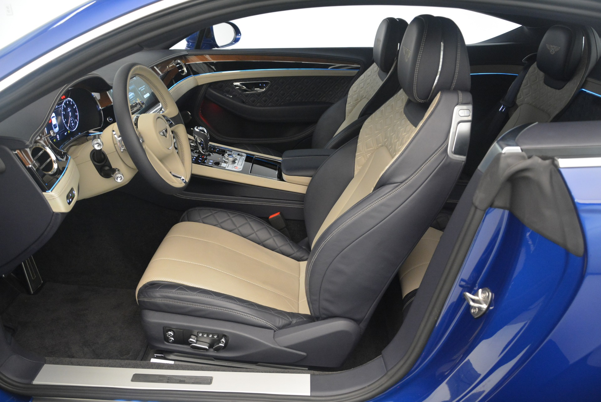 New 2020 Bentley Continental GT  For Sale In Greenwich, CT 1657_p28