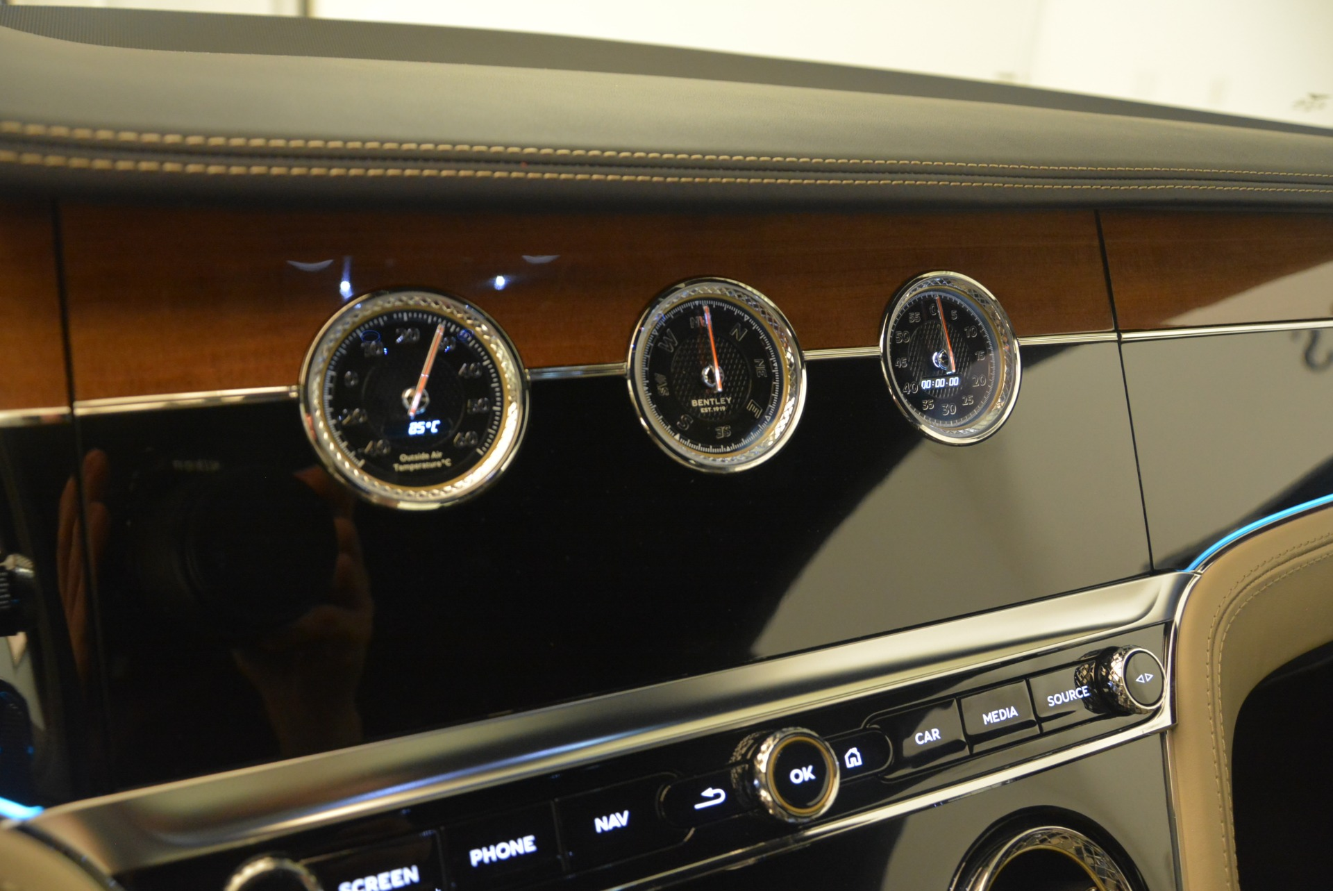 New 2020 Bentley Continental GT  For Sale In Greenwich, CT 1657_p32