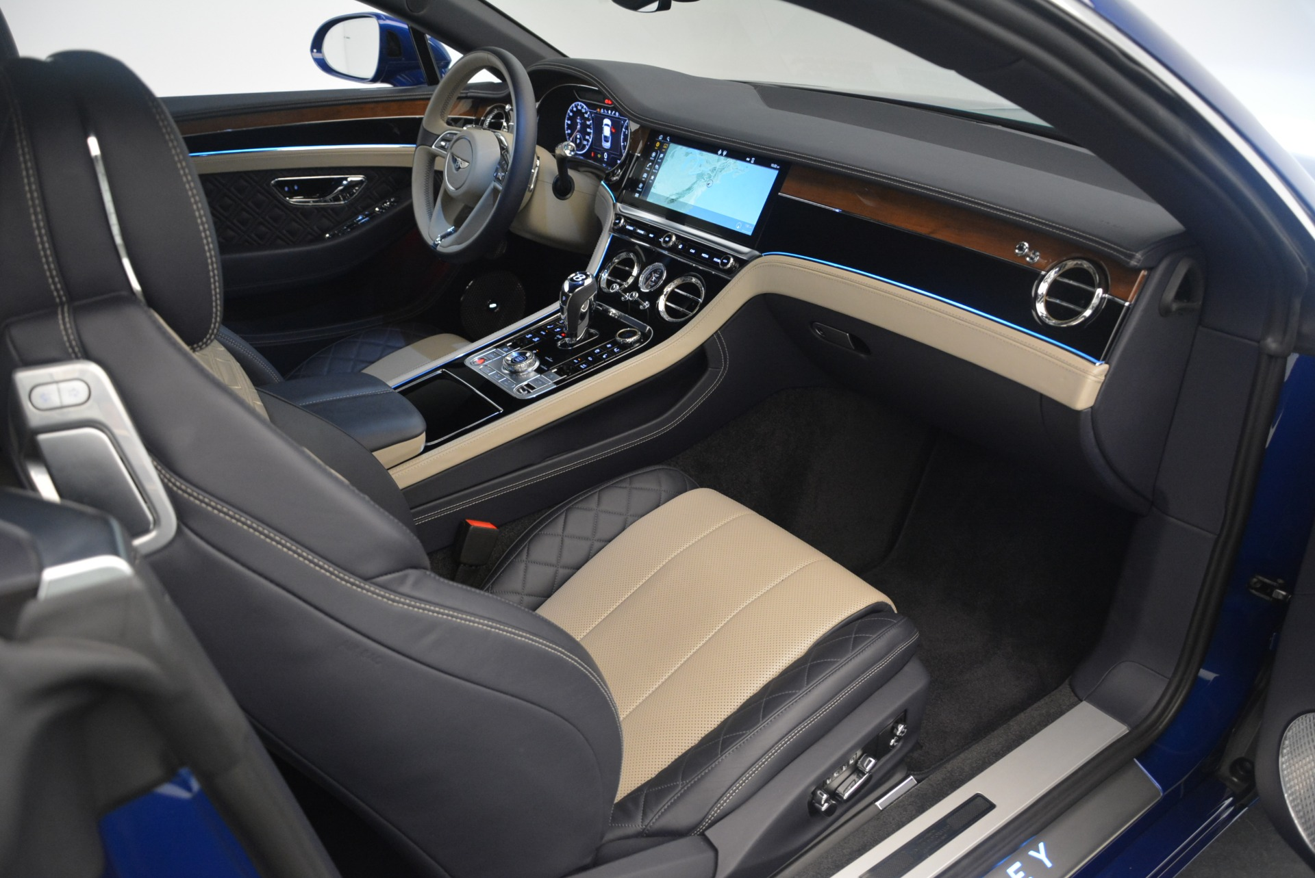 New 2020 Bentley Continental GT  For Sale In Greenwich, CT 1657_p40
