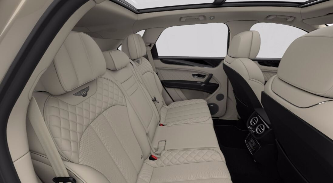 New 2018 Bentley Bentayga Signature For Sale In Greenwich, CT 1666_p8