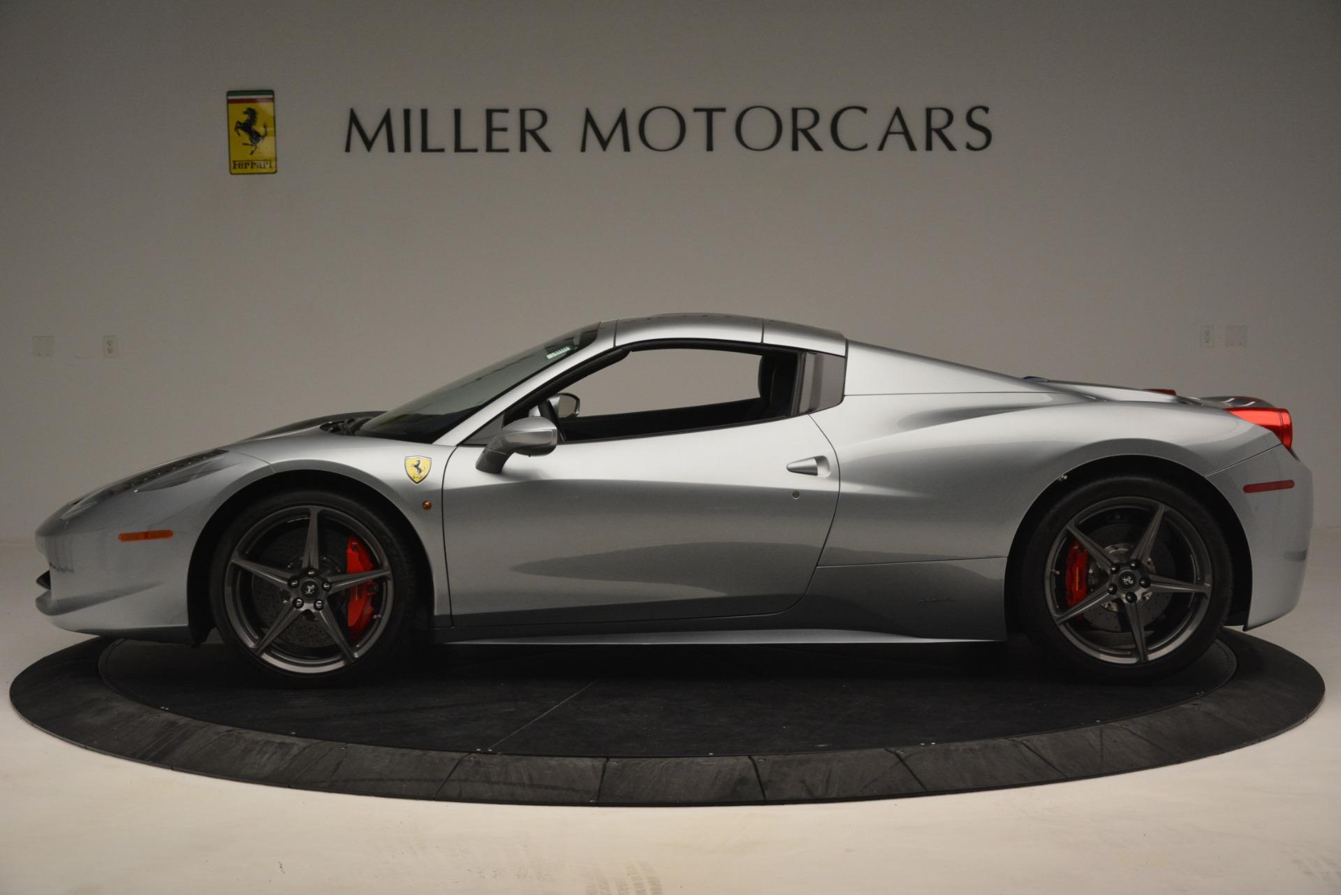 Used 2015 Ferrari 458 Spider  For Sale In Greenwich, CT 1667_p14
