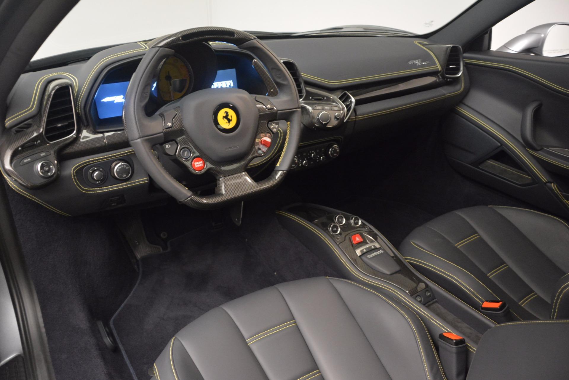 Used 2014 Ferrari 458 Italia  For Sale In Greenwich, CT 1669_p13