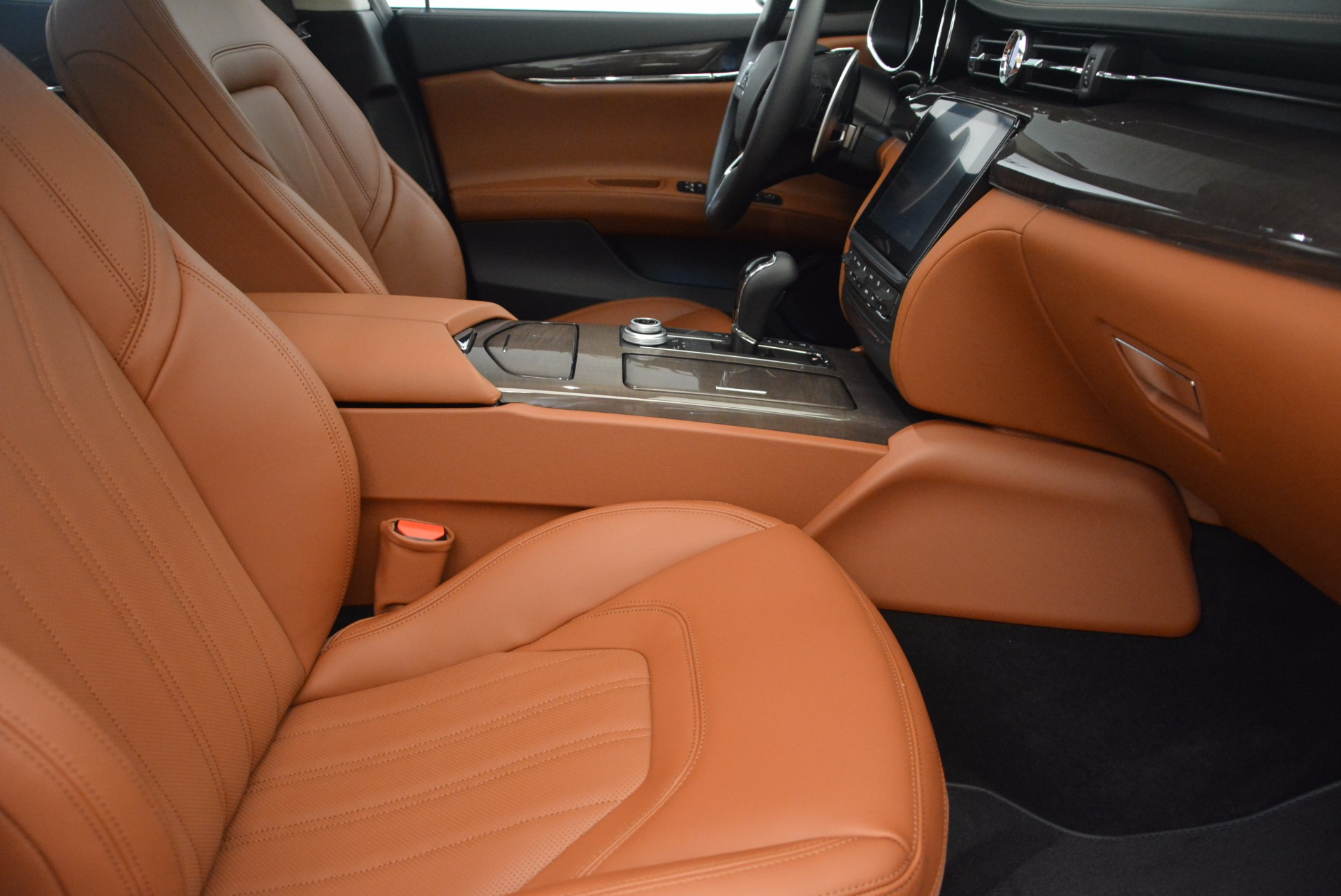 New 2018 Maserati Quattroporte S Q4 GranLusso For Sale In Greenwich, CT 1700_p16