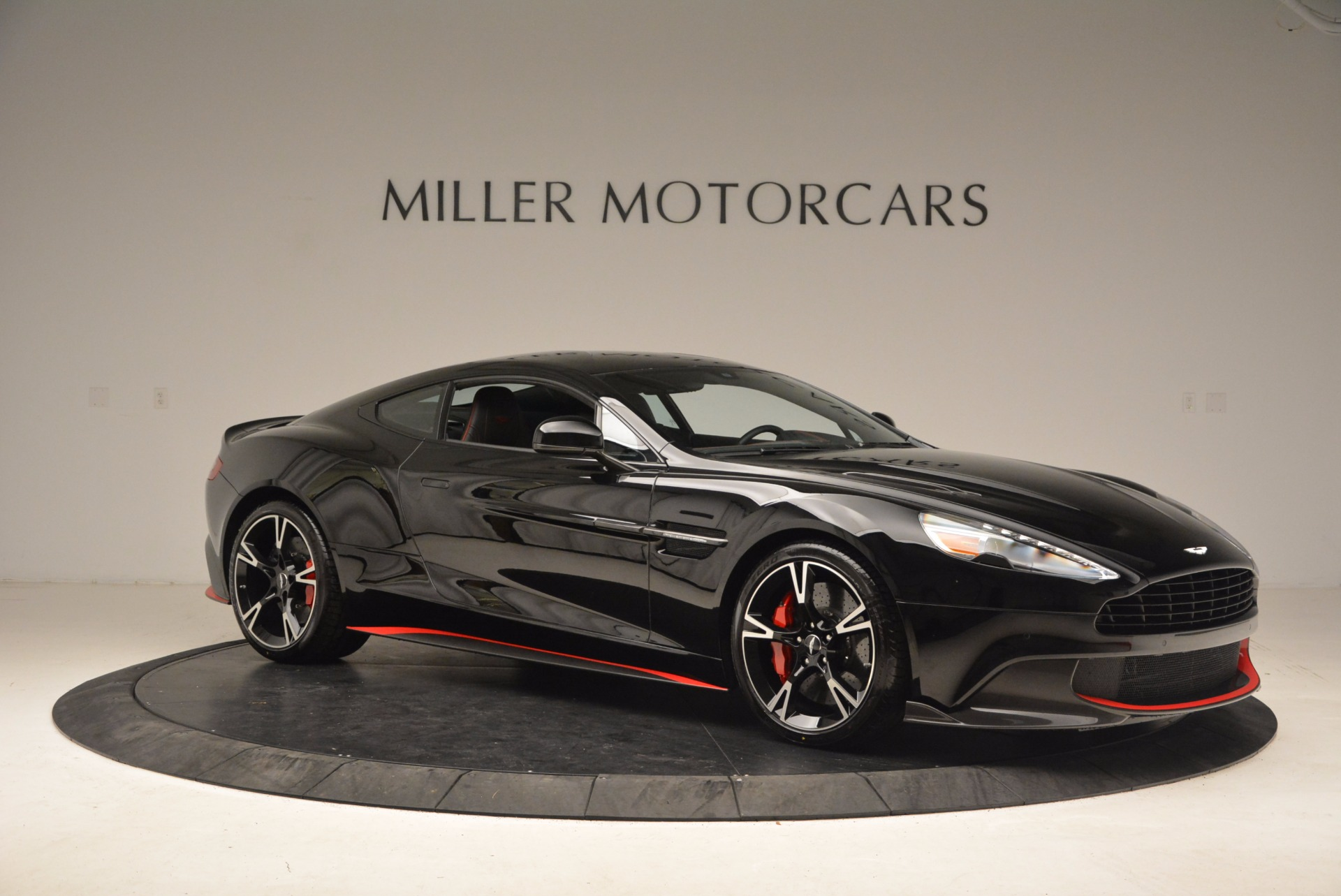 Used 2018 Aston Martin Vanquish S  For Sale In Greenwich, CT 1710_p10