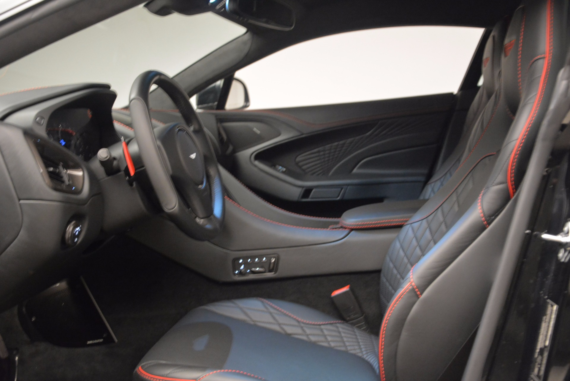 Used 2018 Aston Martin Vanquish S  For Sale In Greenwich, CT 1710_p13