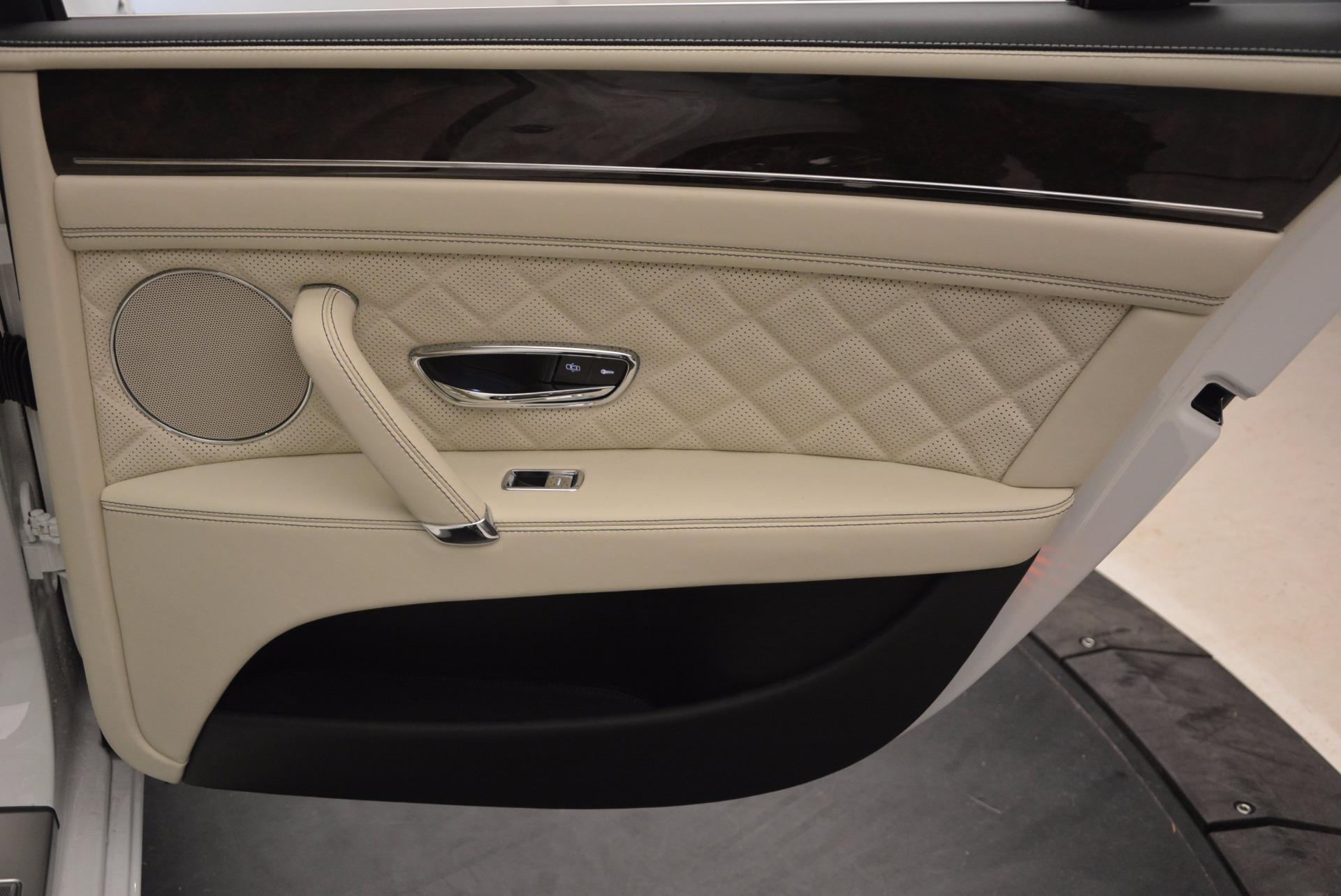 New 2017 Bentley Flying Spur W12 For Sale In Greenwich, CT 1712_p40