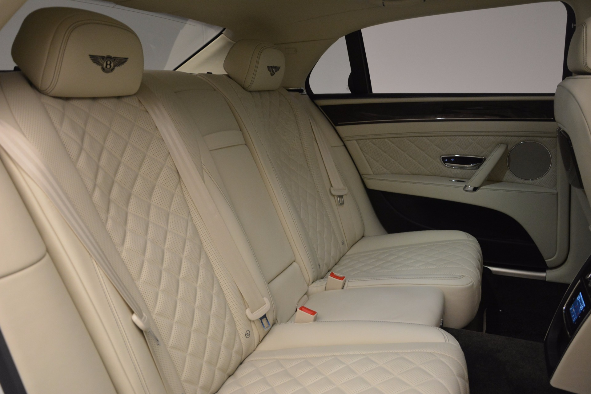 New 2017 Bentley Flying Spur W12 For Sale In Greenwich, CT 1712_p42