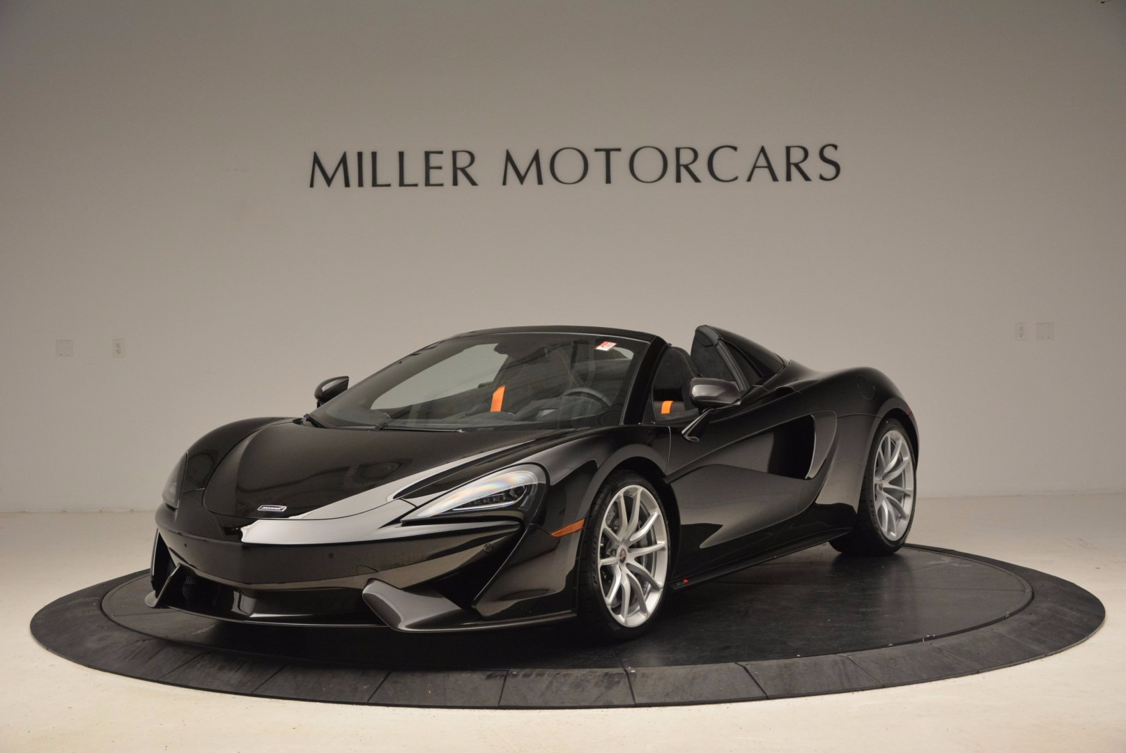 Used 2018 McLaren 570S Spider For Sale In Greenwich, CT 1716_main