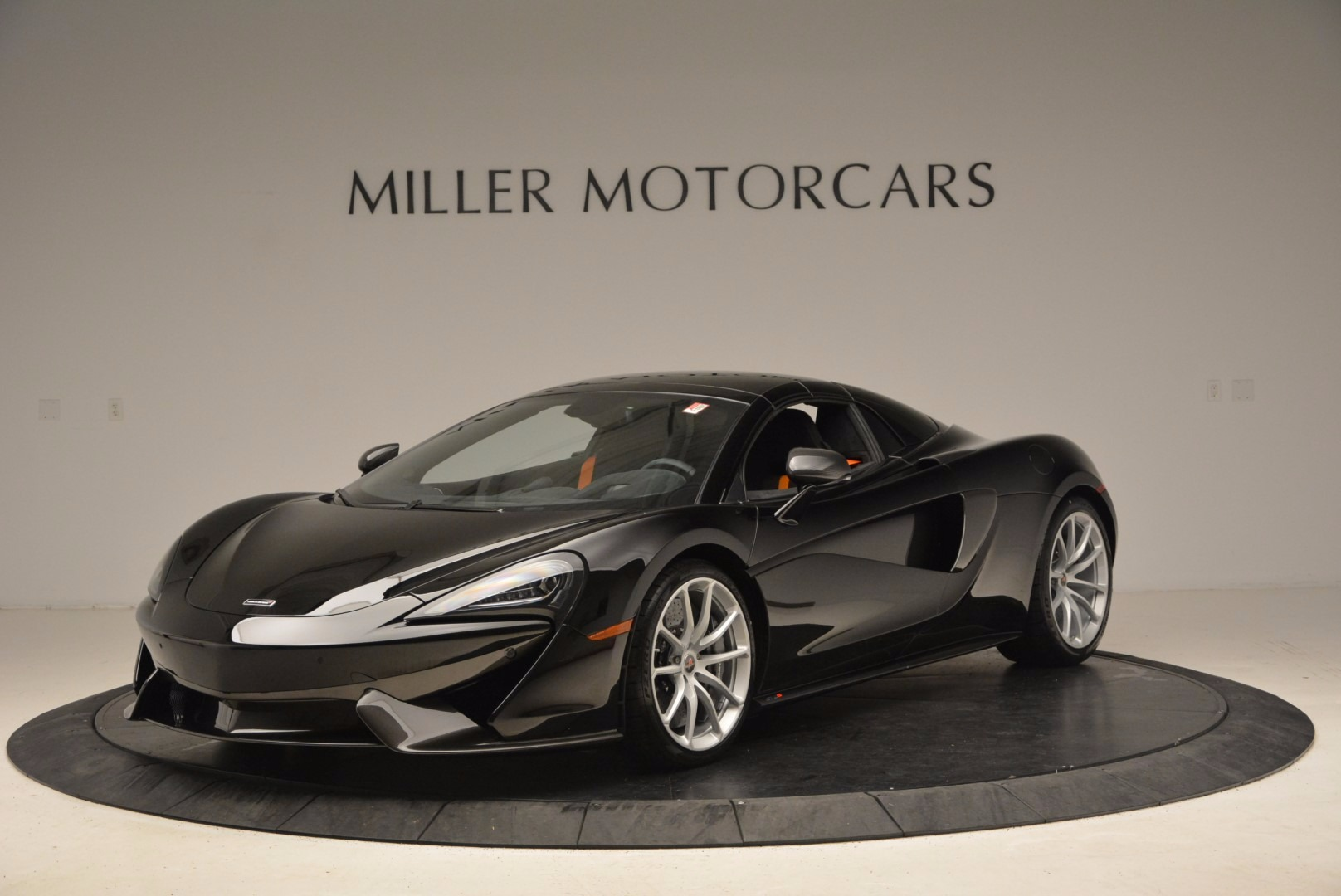 Used 2018 McLaren 570S Spider For Sale In Greenwich, CT 1716_p13