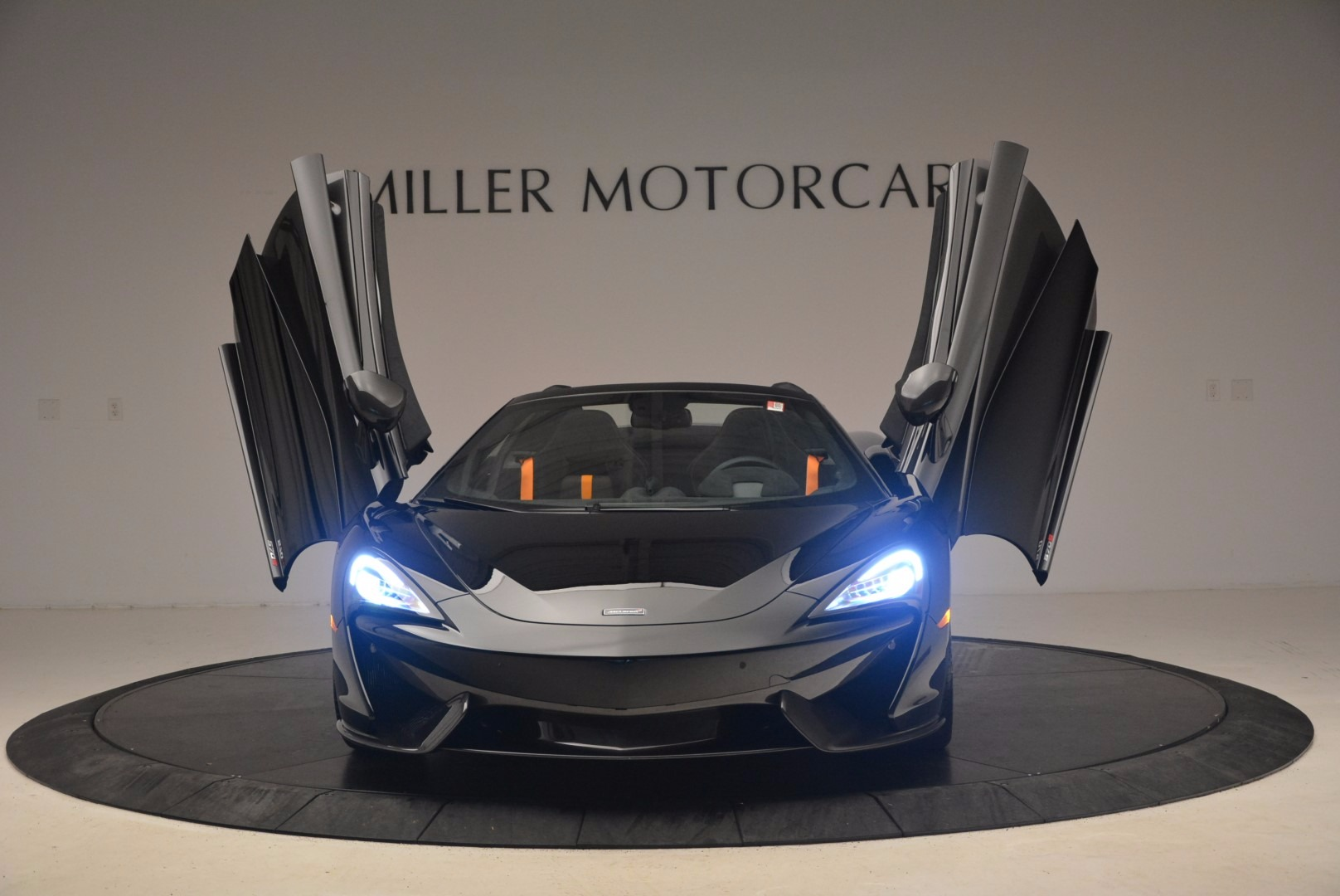 Used 2018 McLaren 570S Spider For Sale In Greenwich, CT 1716_p21