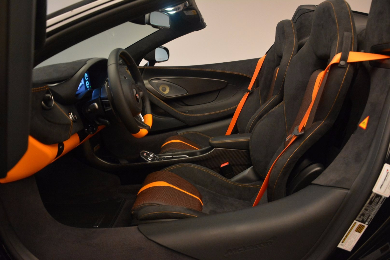 Used 2018 McLaren 570S Spider For Sale In Greenwich, CT 1716_p26
