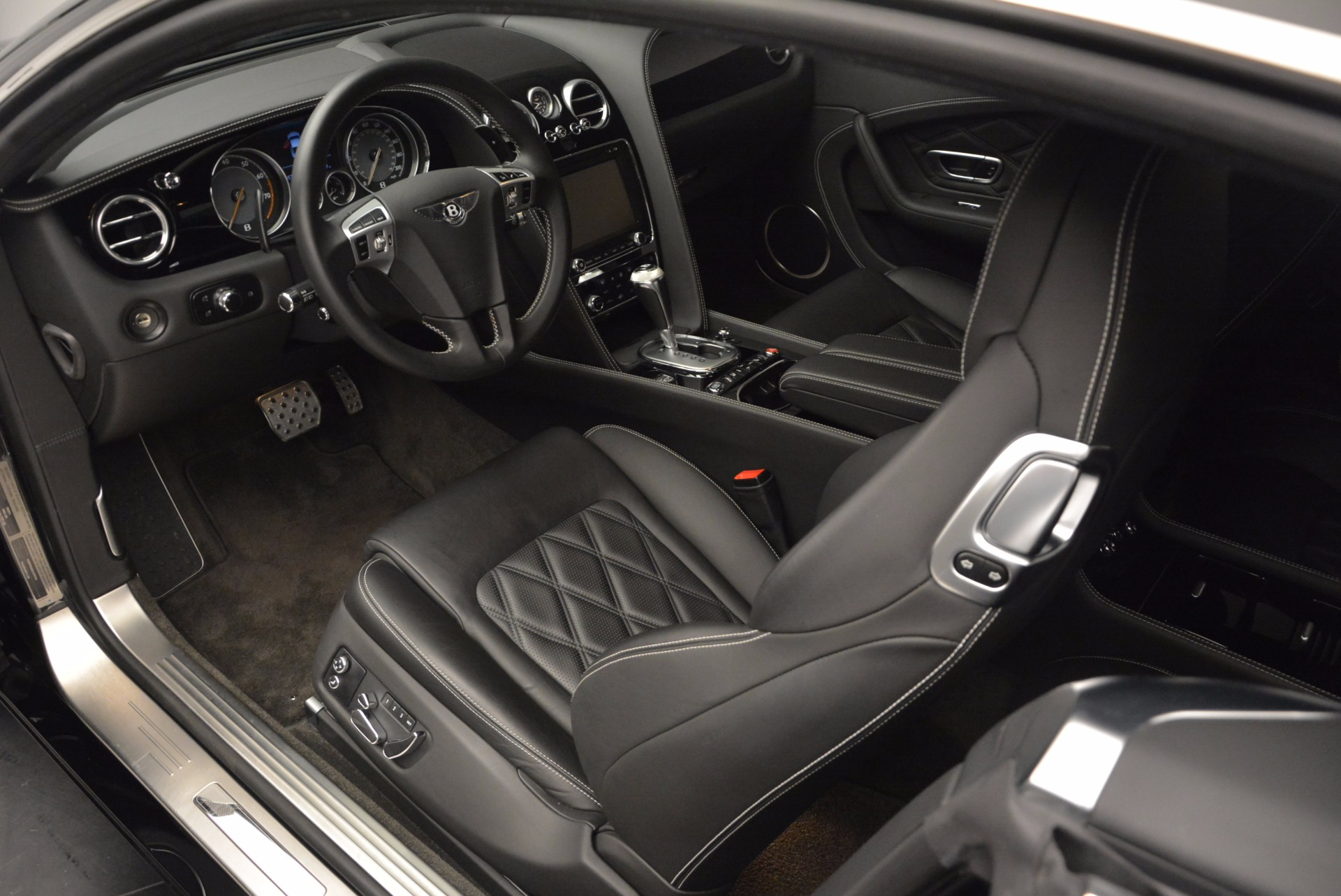 Used 2012 Bentley Continental GT W12 For Sale In Greenwich, CT 1717_p15