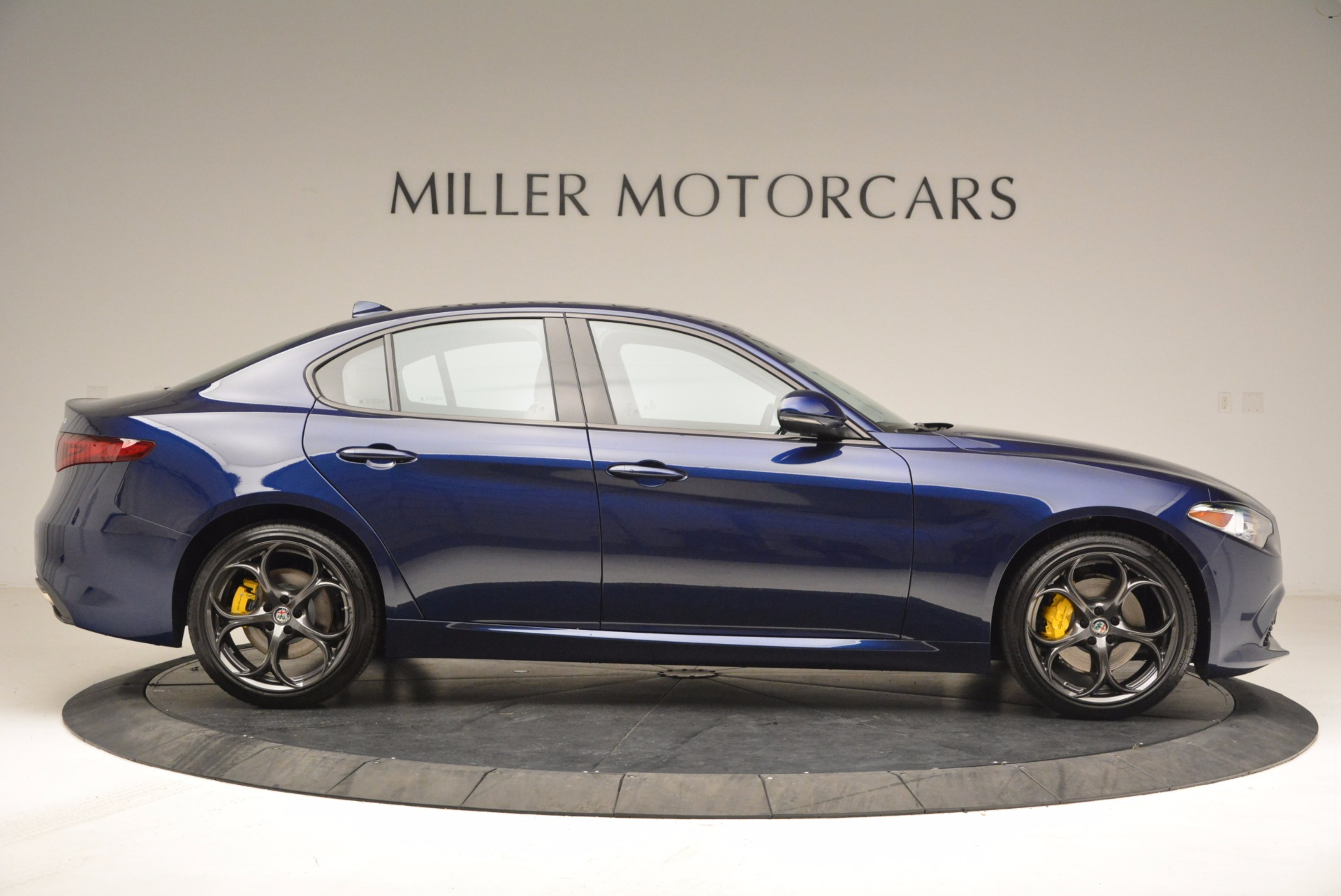 New 2018 Alfa Romeo Giulia Ti Sport Q4 For Sale In Greenwich, CT 1719_p8