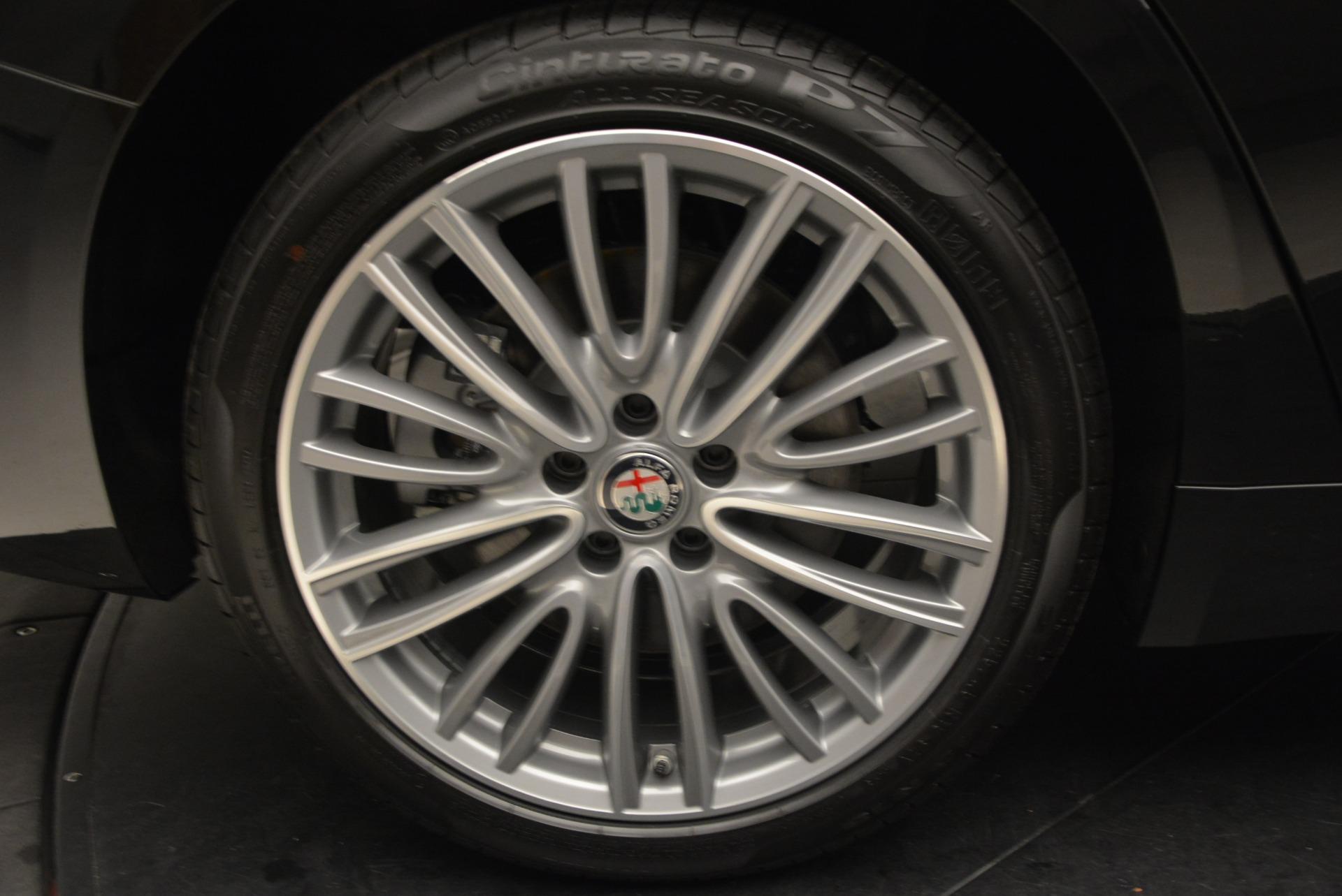 New 2018 Alfa Romeo Giulia Ti Lusso Q4 For Sale In Greenwich, CT 1721_p27