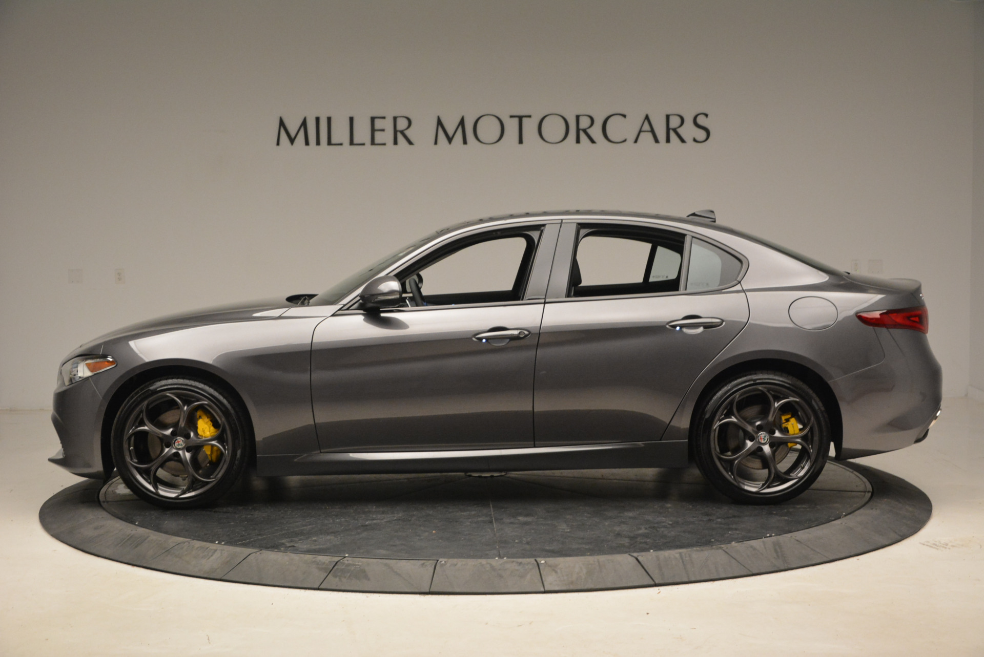 New 2018 Alfa Romeo Giulia Ti Sport Q4 For Sale In Greenwich, CT 1723_p3
