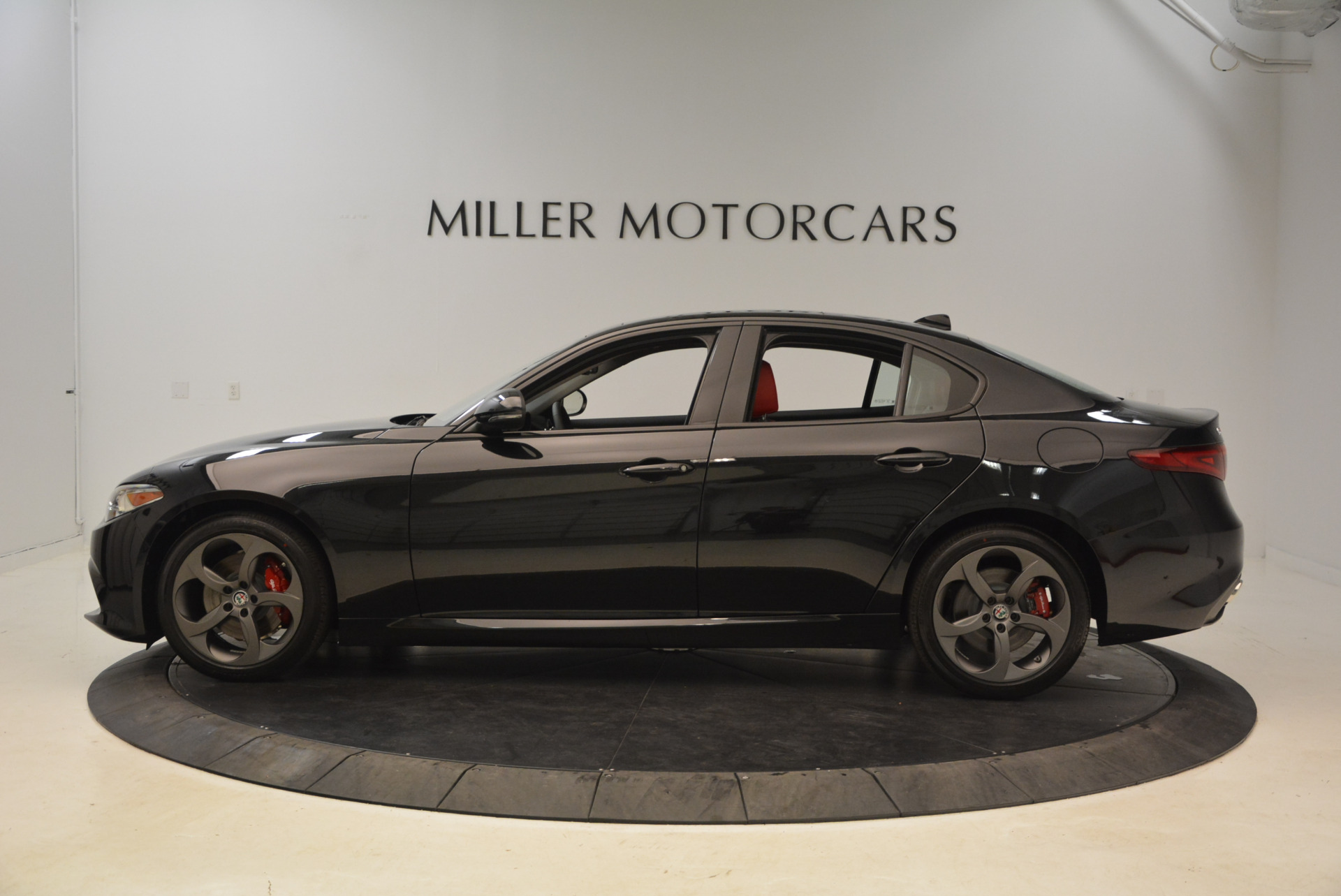 New 2018 Alfa Romeo Giulia Ti Sport Q4 For Sale In Greenwich, CT 1724_p3