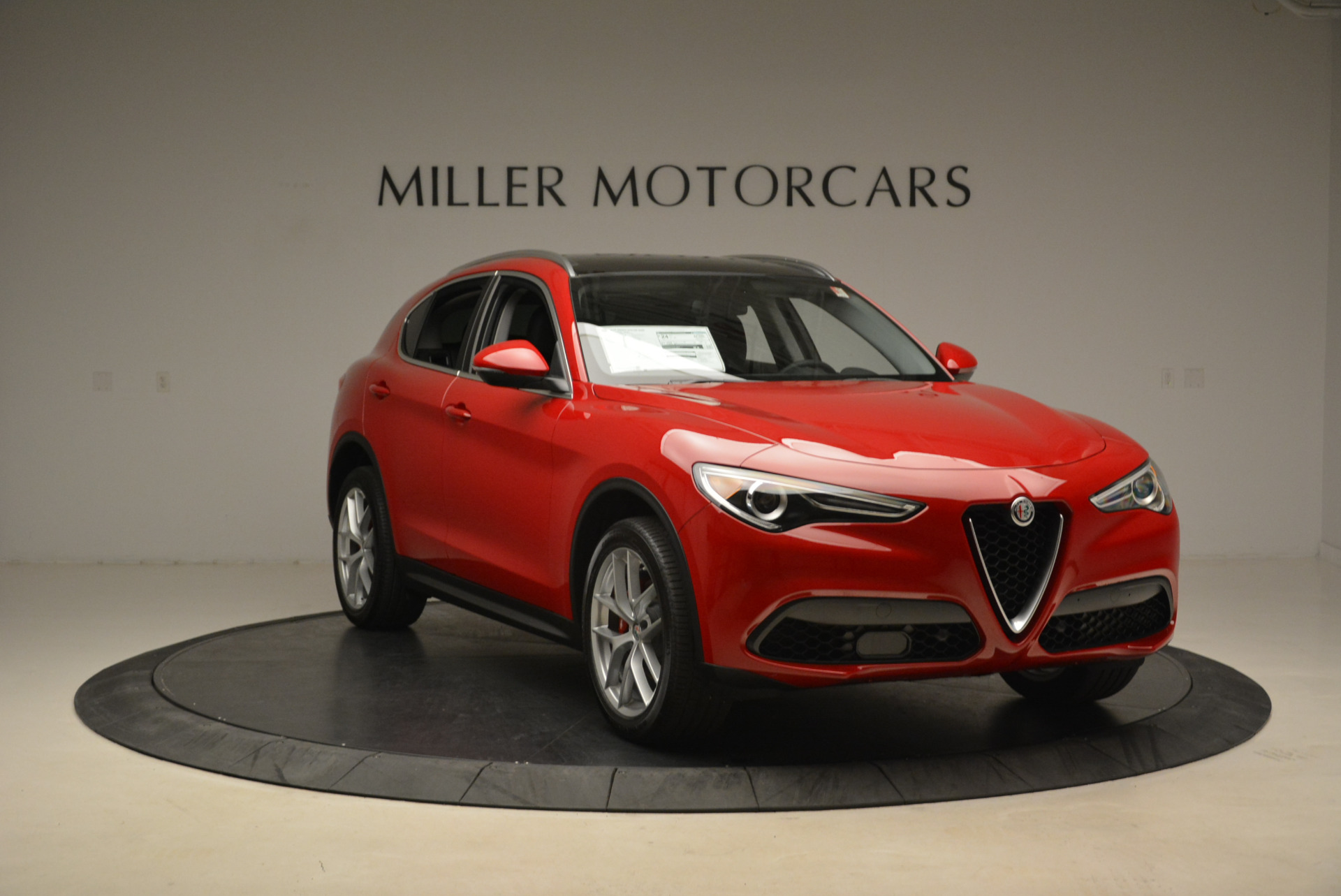 New 2018 Alfa Romeo Stelvio Q4 For Sale In Greenwich, CT 1726_p11