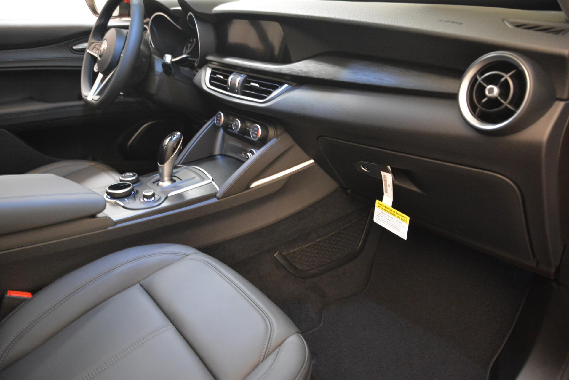 New 2018 Alfa Romeo Stelvio Q4 For Sale In Greenwich, CT 1726_p19