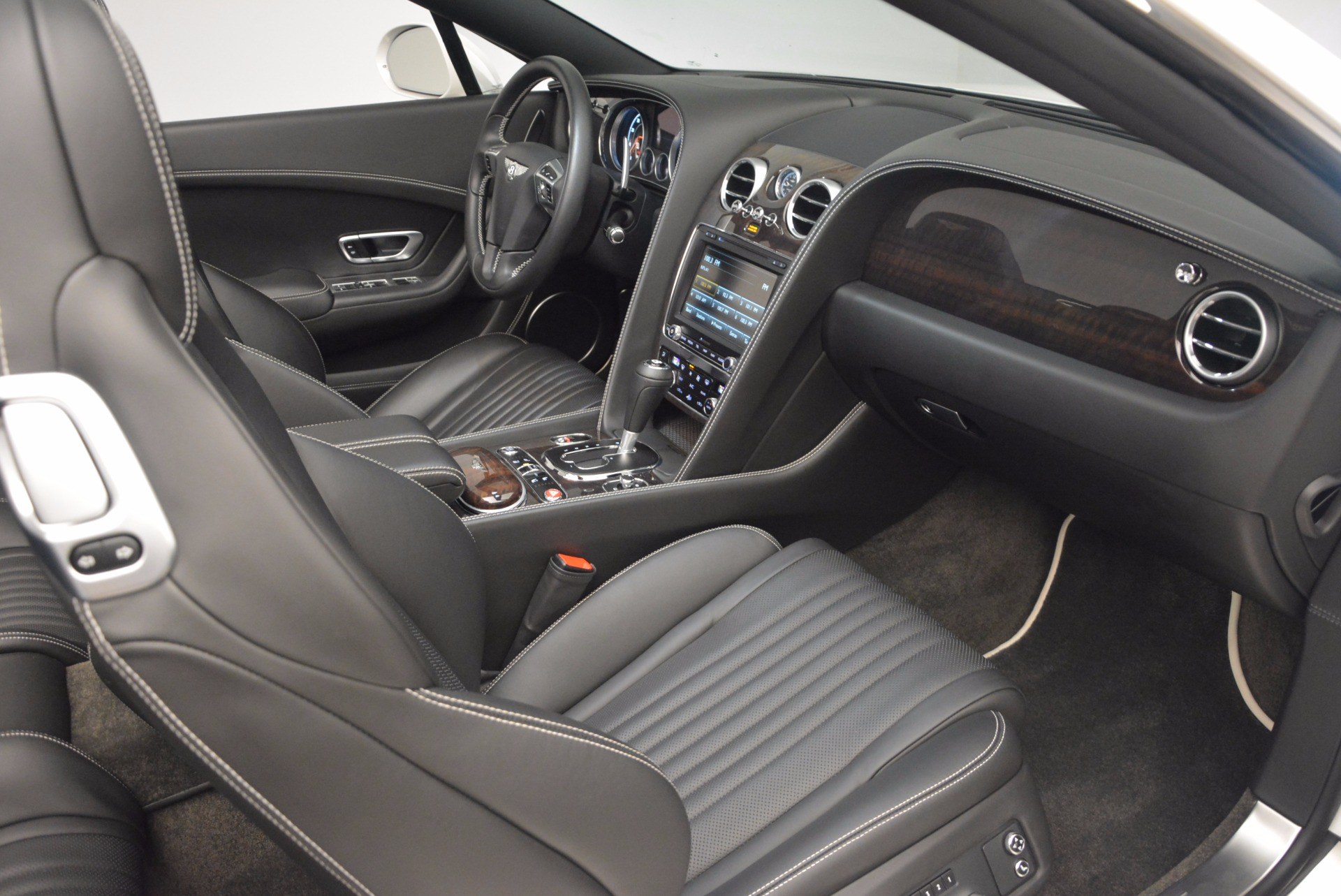 Used 2016 Bentley Continental GT V8 For Sale In Greenwich, CT 1728_p44