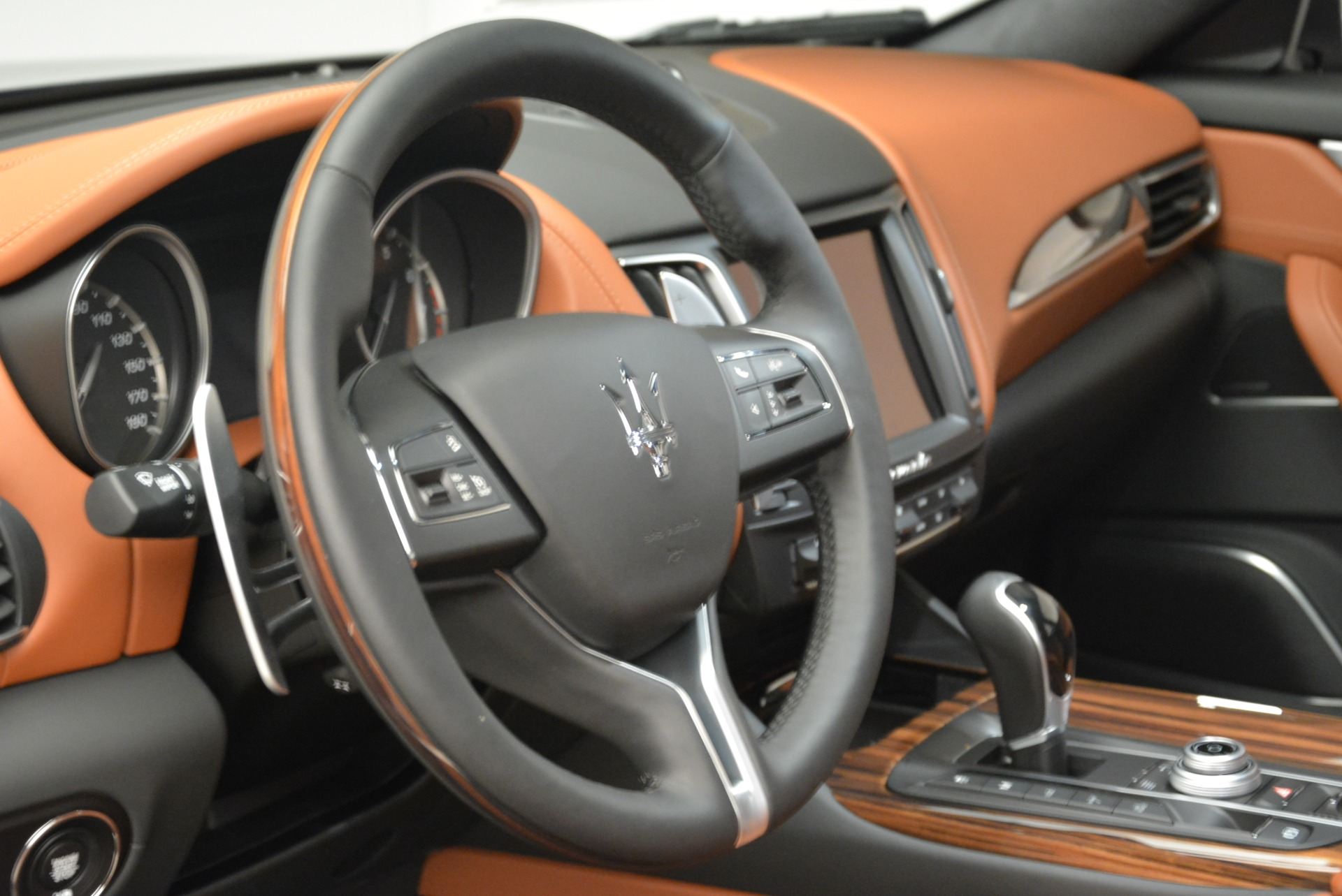 New 2018 Maserati Levante Q4 GranLusso For Sale In Greenwich, CT 1730_p14