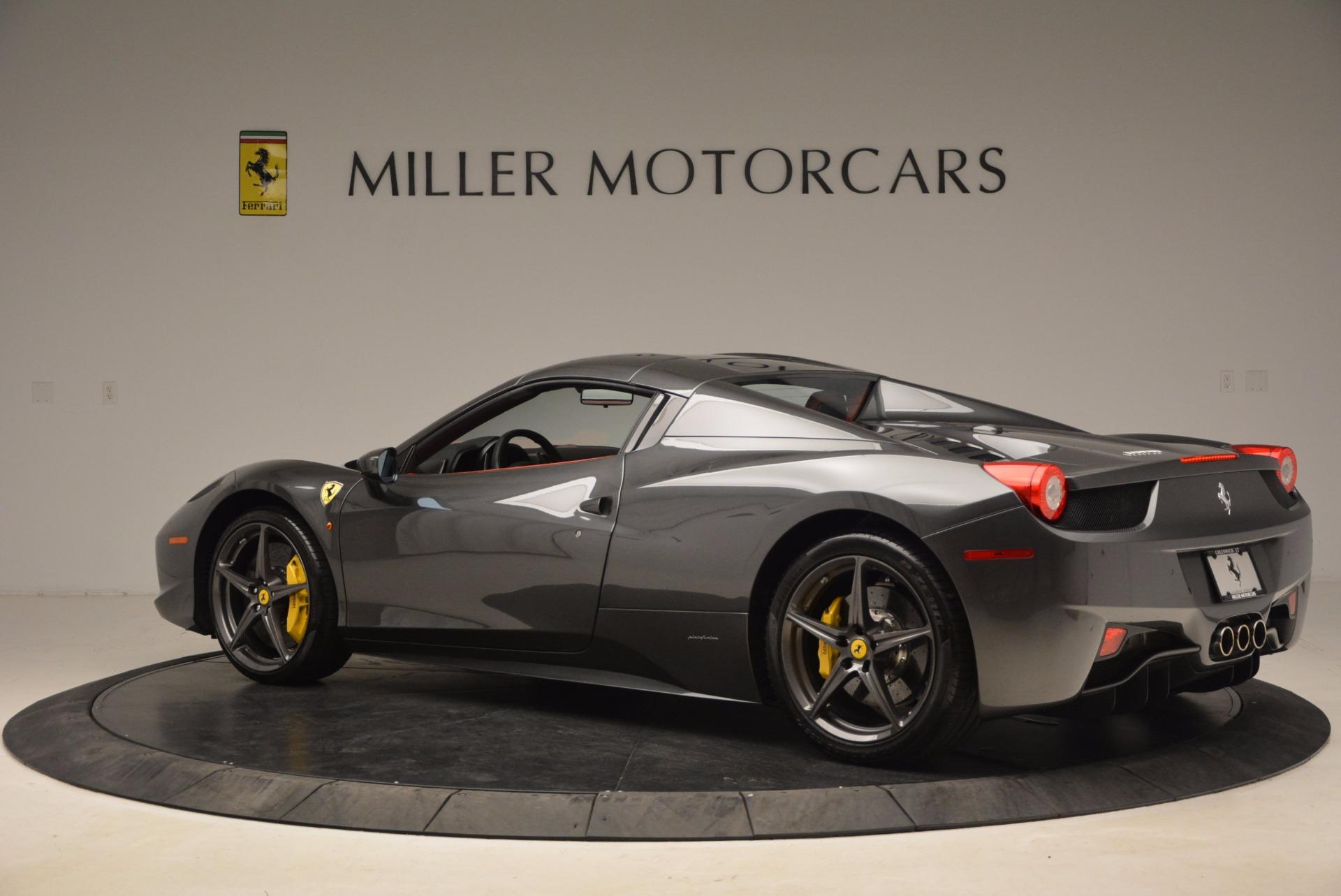 Used 2014 Ferrari 458 Spider  For Sale In Greenwich, CT 1734_p16