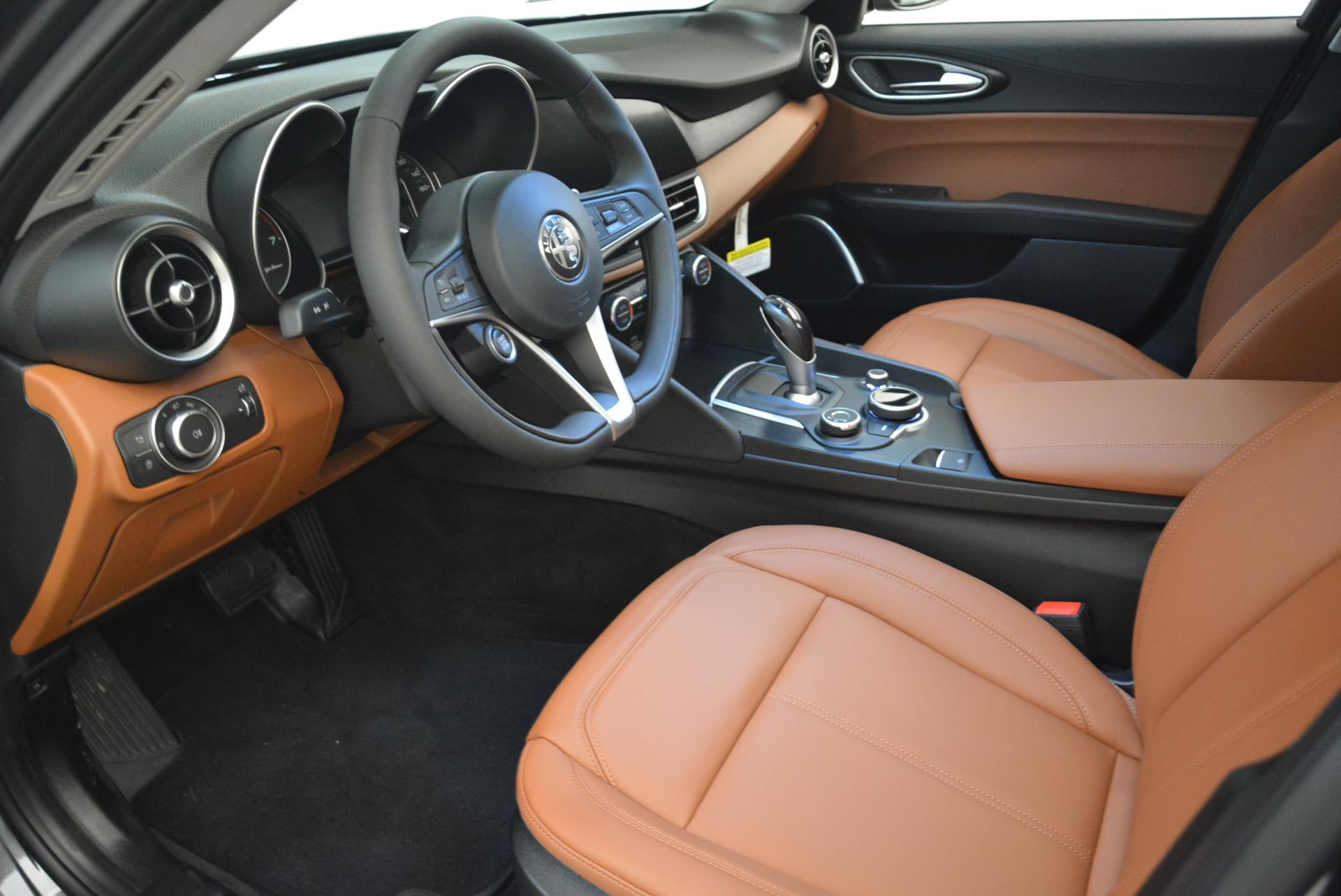 New 2018 Alfa Romeo Giulia Q4 For Sale In Greenwich, CT 1737_p13
