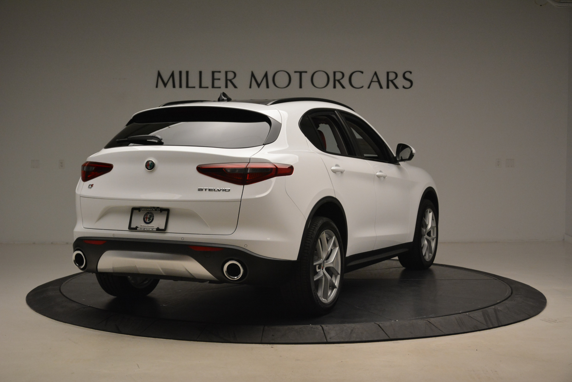 New 2018 Alfa Romeo Stelvio Sport Q4 For Sale In Greenwich, CT 1738_p7