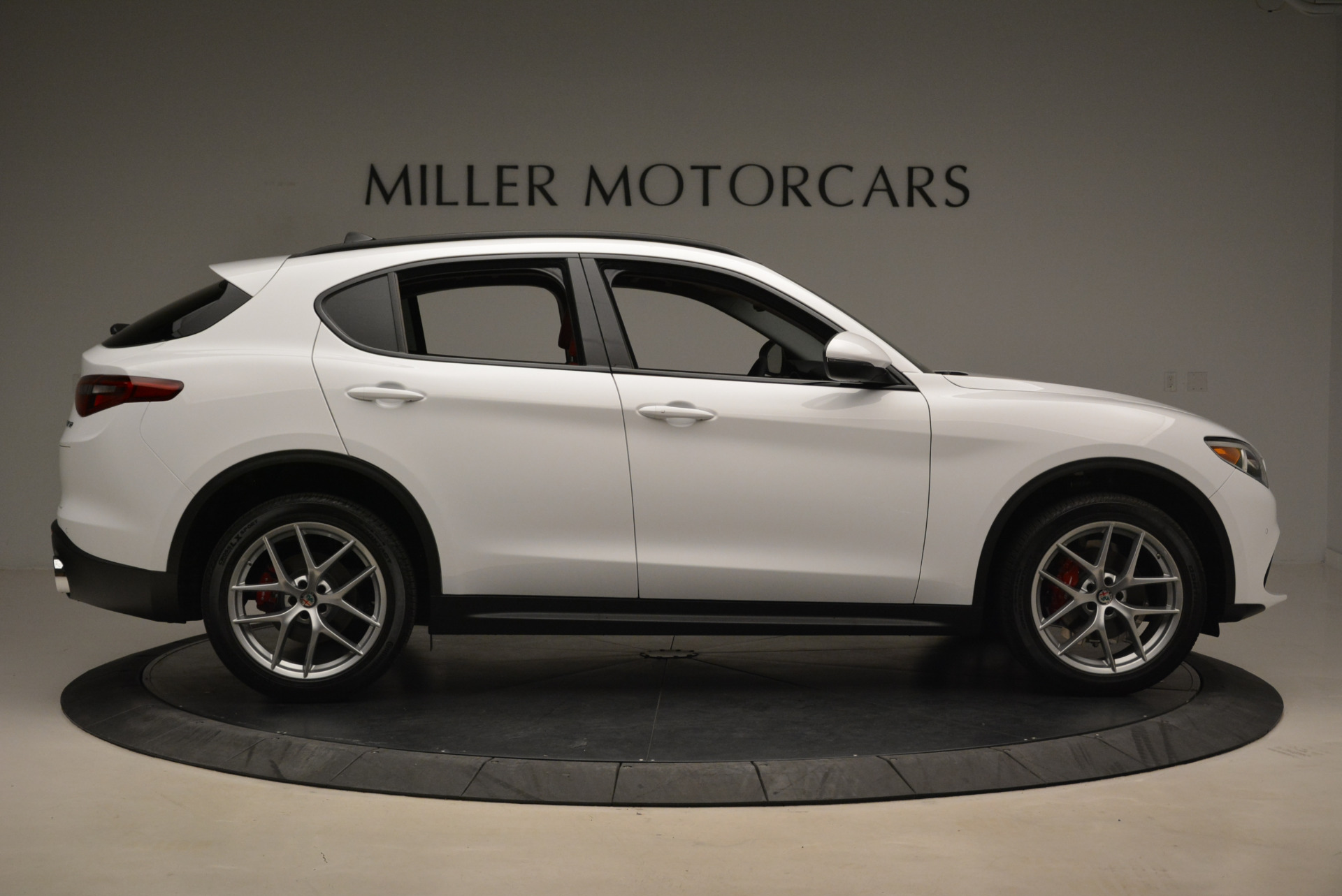 New 2018 Alfa Romeo Stelvio Sport Q4 For Sale In Greenwich, CT 1738_p9