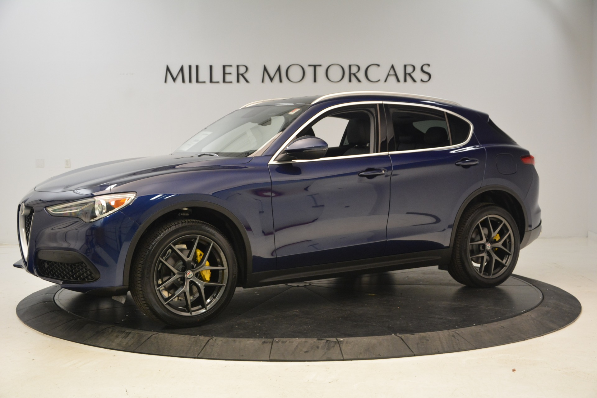 New 2018 Alfa Romeo Stelvio Sport Q4 For Sale In Greenwich, CT 1743_p2