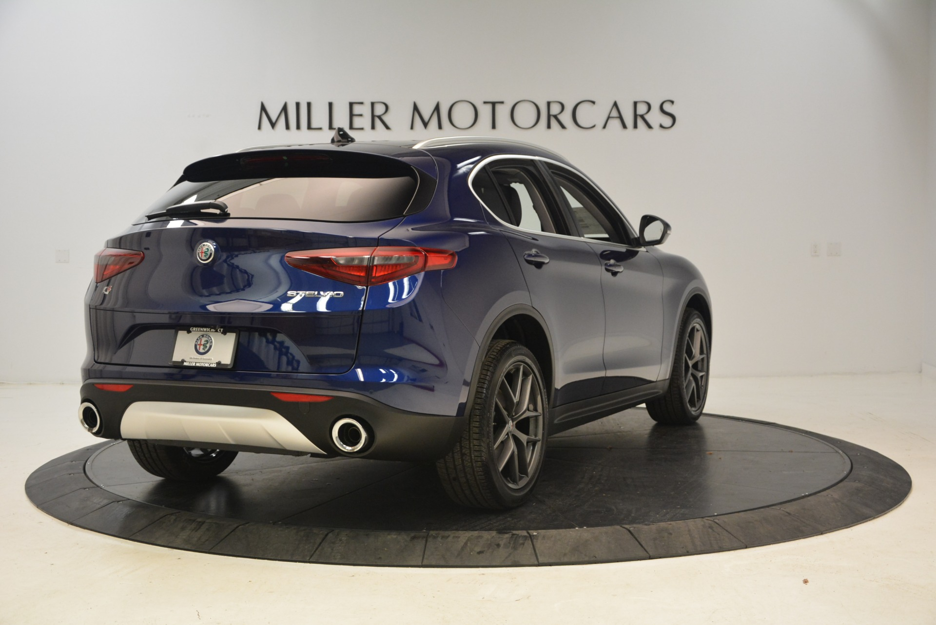 New 2018 Alfa Romeo Stelvio Sport Q4 For Sale In Greenwich, CT 1743_p7