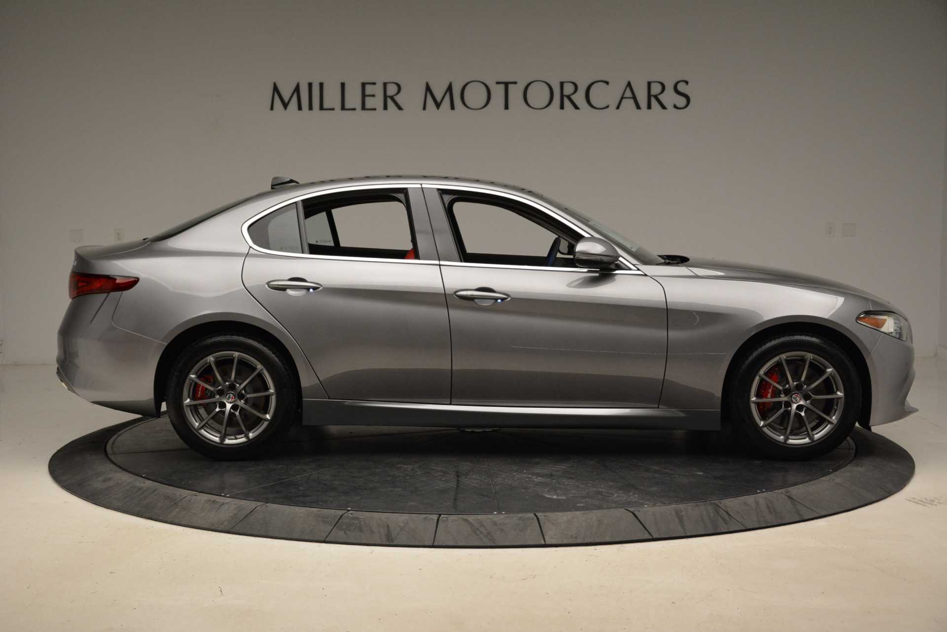 New 2018 Alfa Romeo Giulia Q4 For Sale In Greenwich, CT 1756_p9