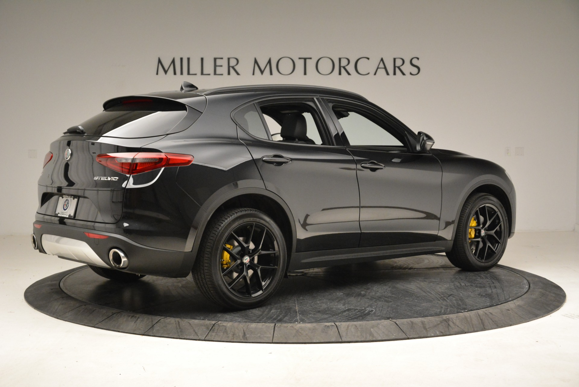 New 2018 Alfa Romeo Stelvio Ti Sport Q4 For Sale In Greenwich, CT 1760_p8