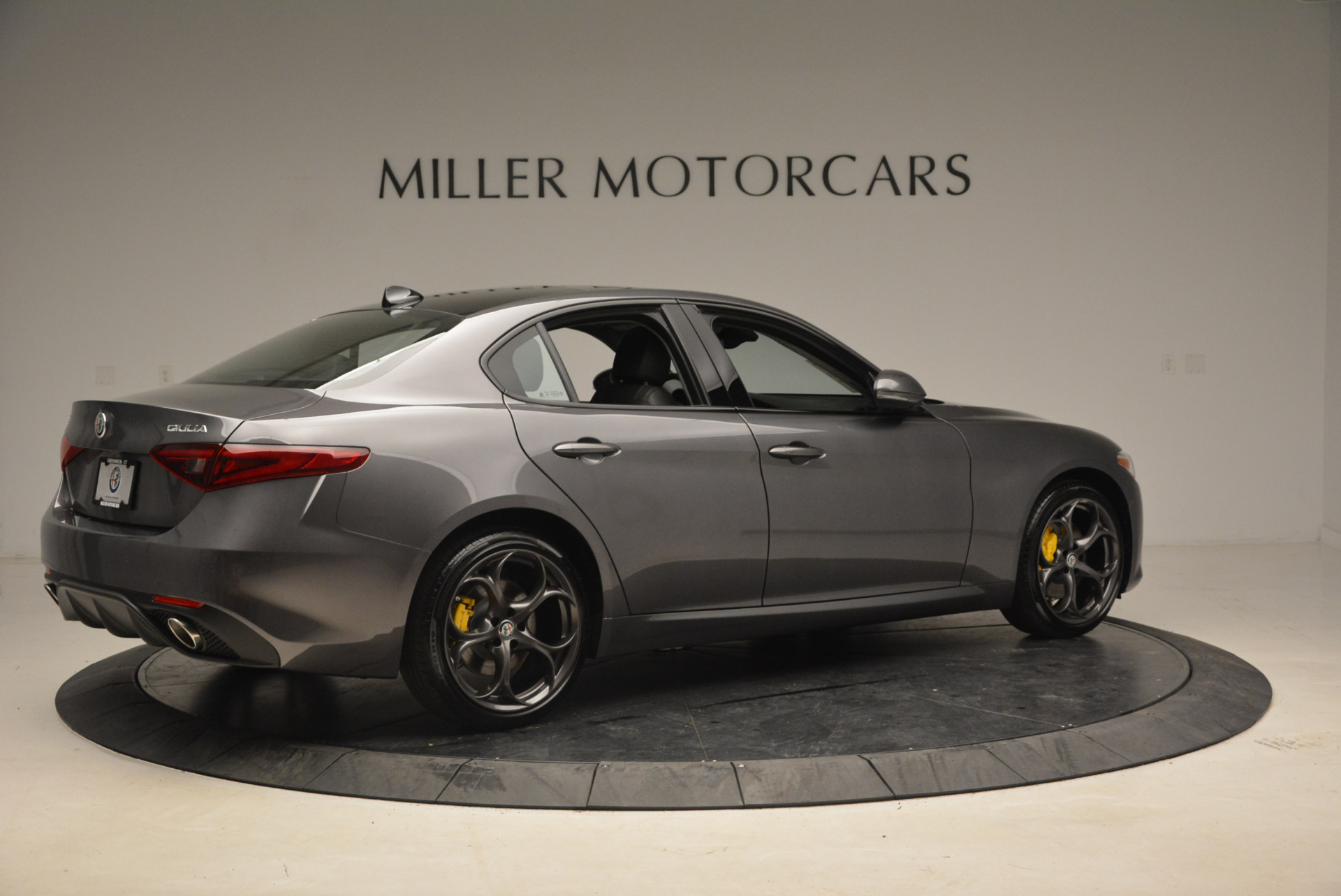 New 2018 Alfa Romeo Giulia Ti Sport Q4 For Sale In Greenwich, CT 1765_p8